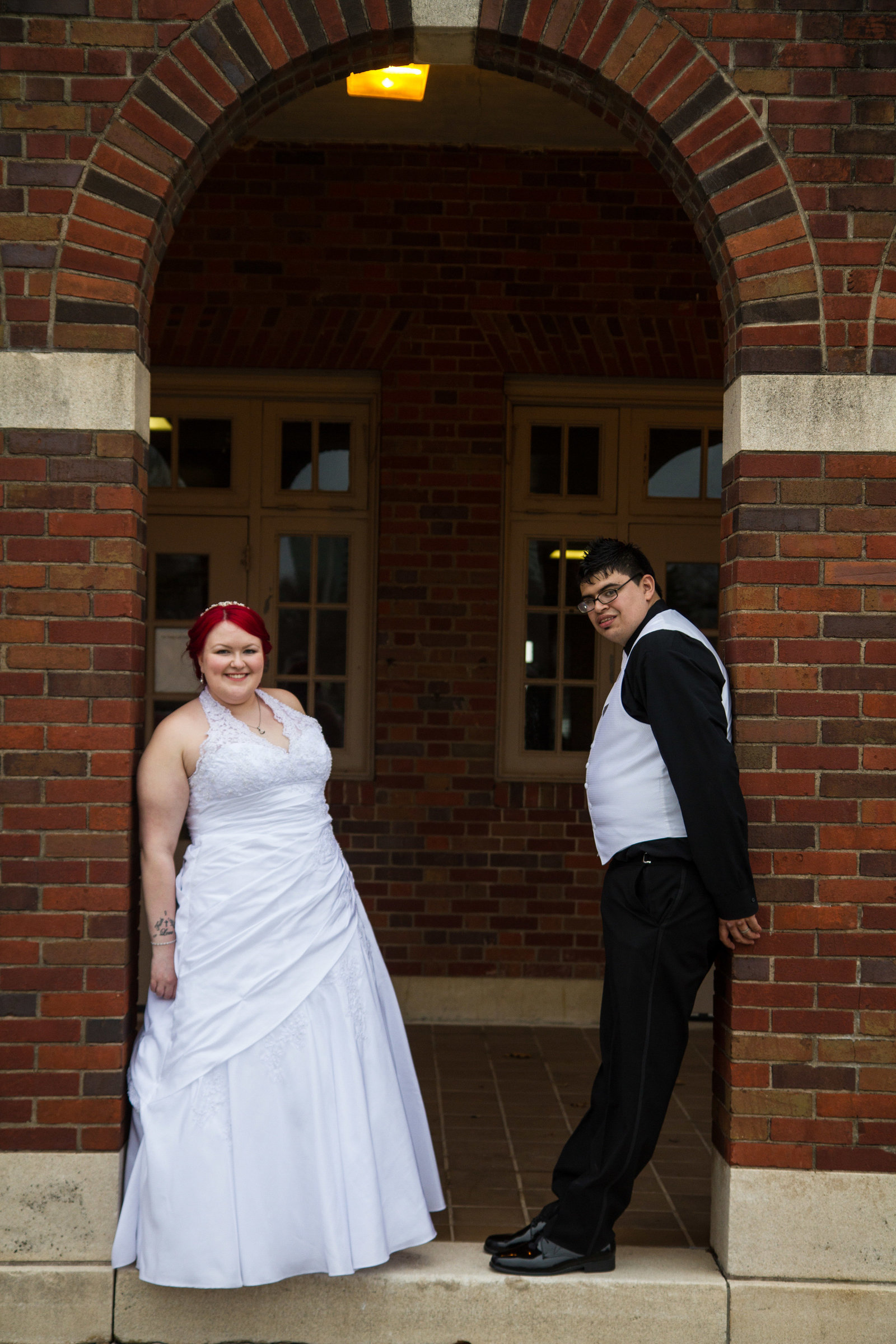 wedding photography bride and groom outside