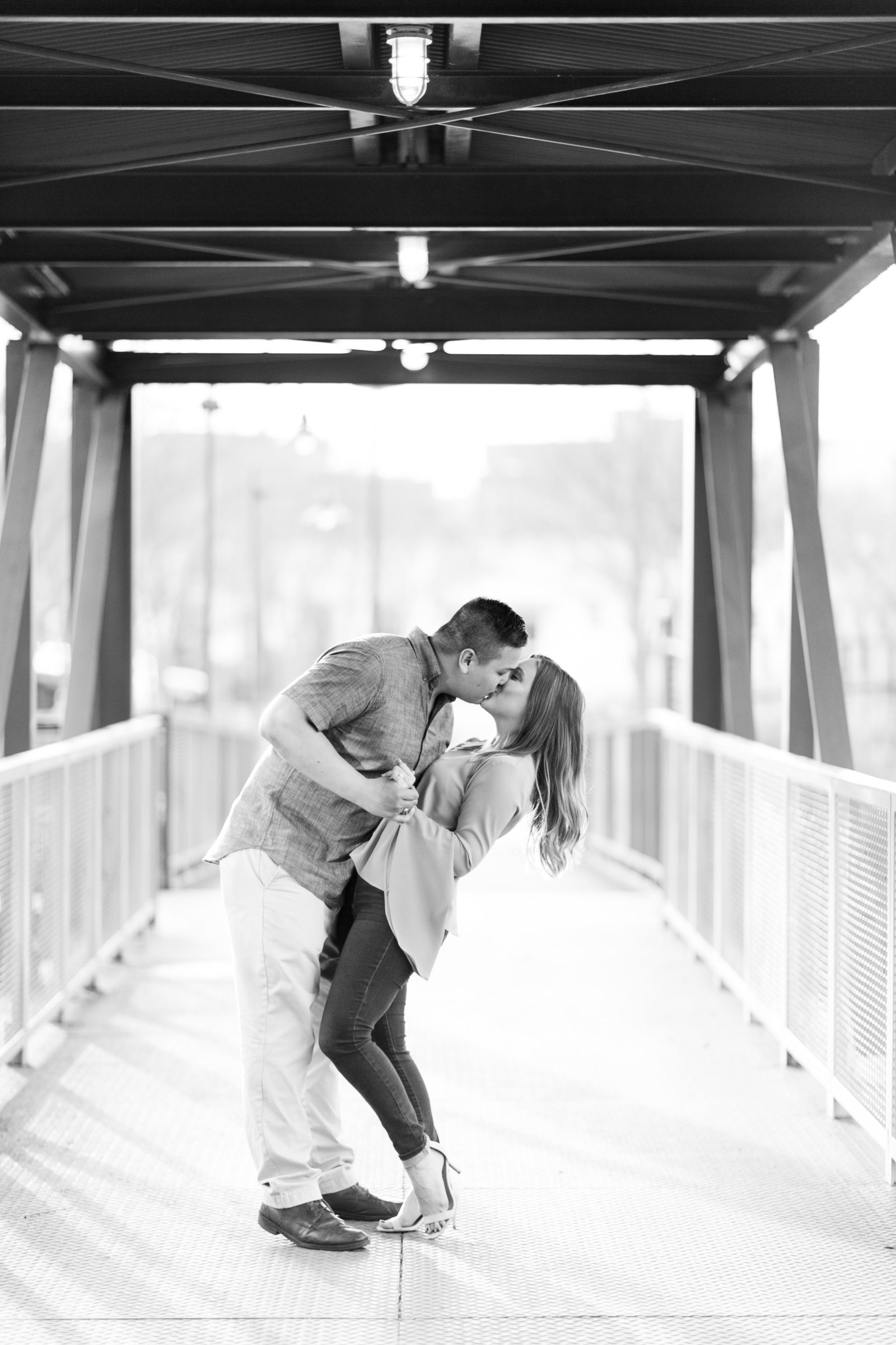 pearl-brewery-stables-san-antonio-river-walk-engagement-session-photo-36