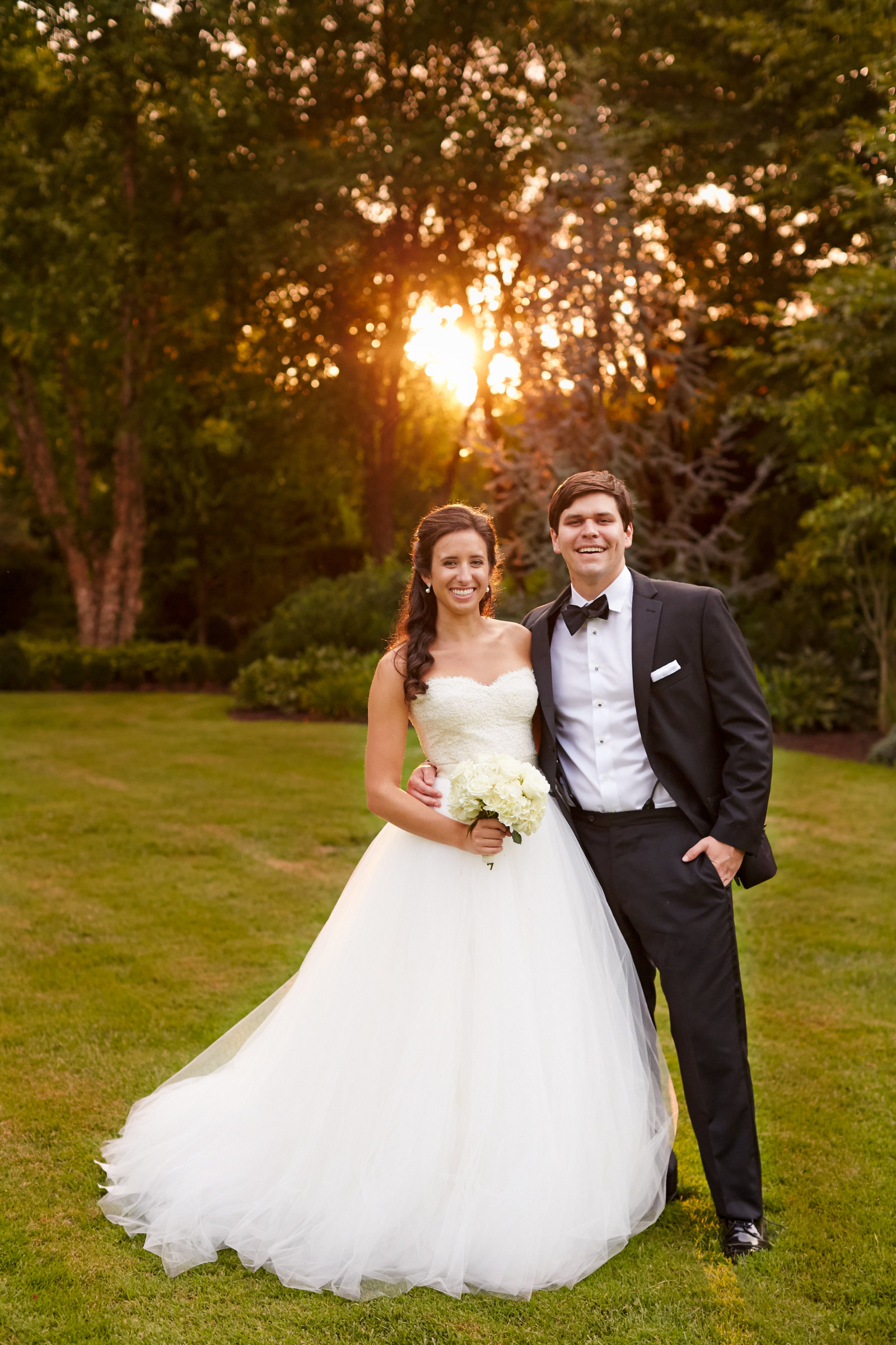 Nashville-Wedding-Photographer-Bride-and-Groom-at-Sunset