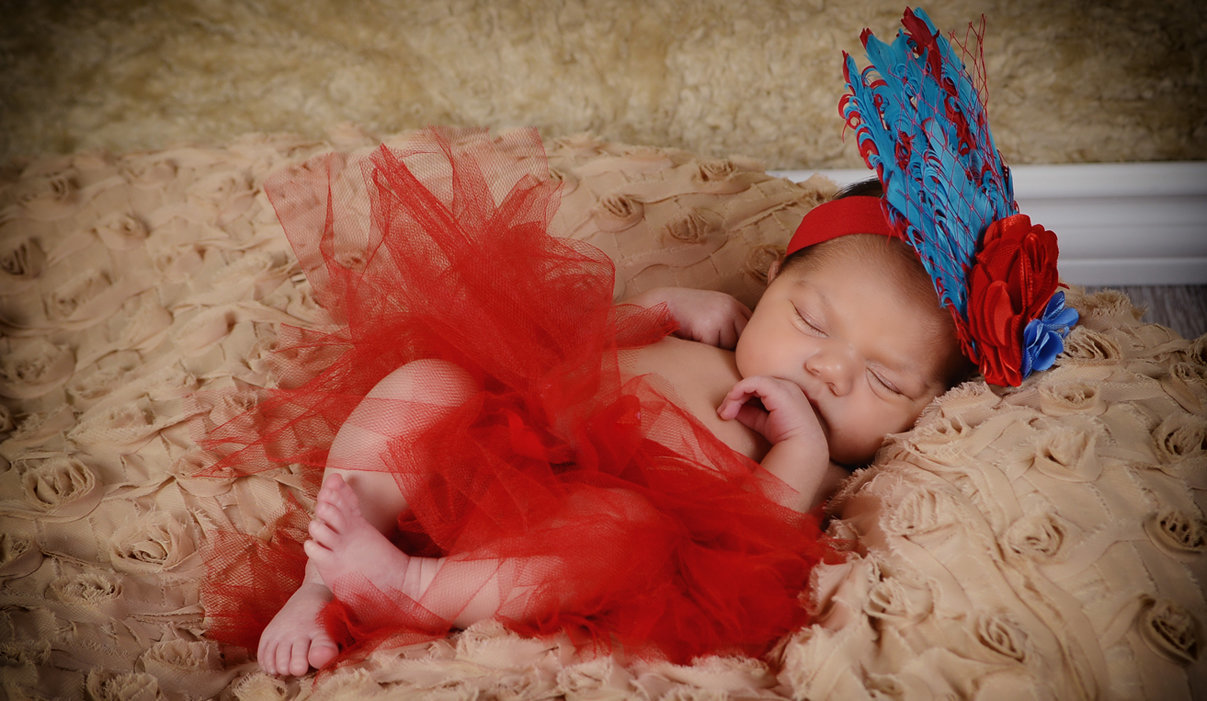 Newborn Session it's always about fashion!