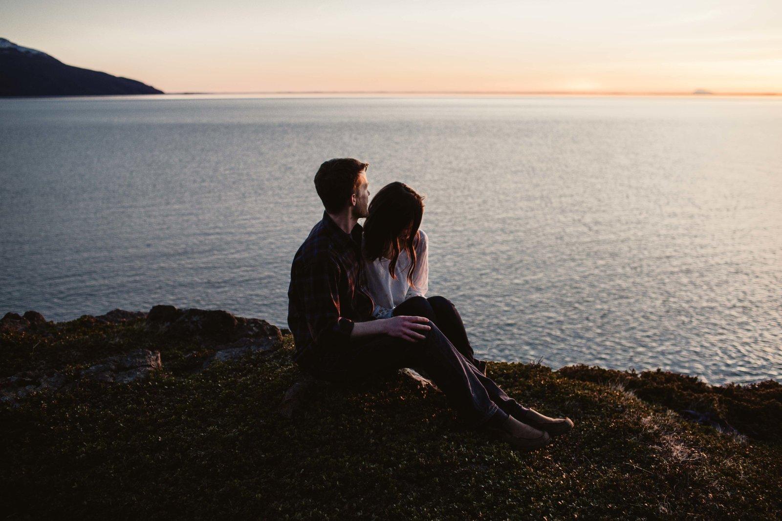 AiliChase-AlaskaEngagementPhotographer-LaurenRobertsPhotographer-58