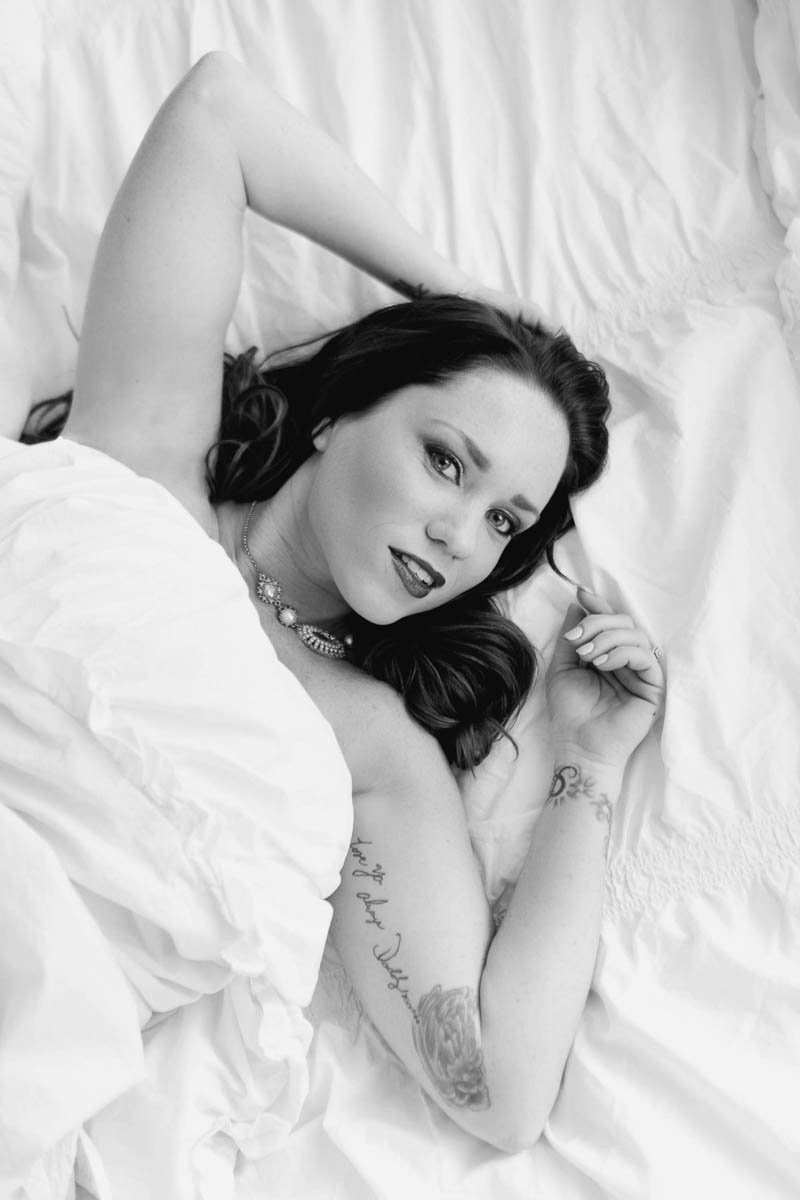 Ms L reenacts famous Marilyn Monroe pose in bed, Boudoir Photography, Charleston, SC