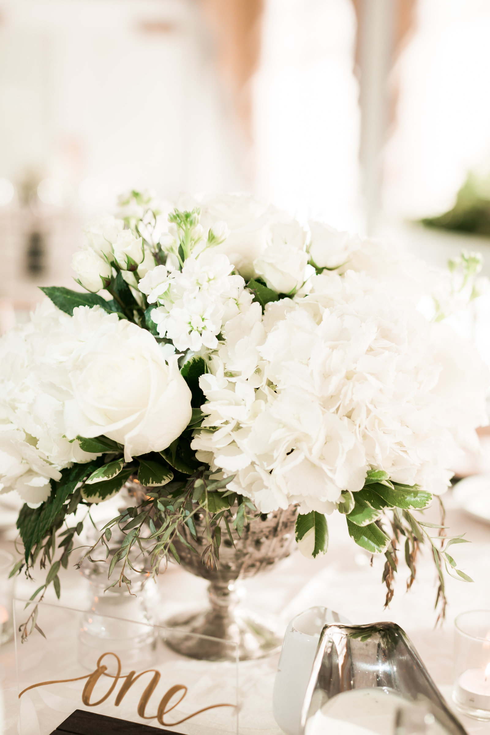 Two Rivers Country Club Classic Spring Wedding by Elizabeth Friske Photography-33