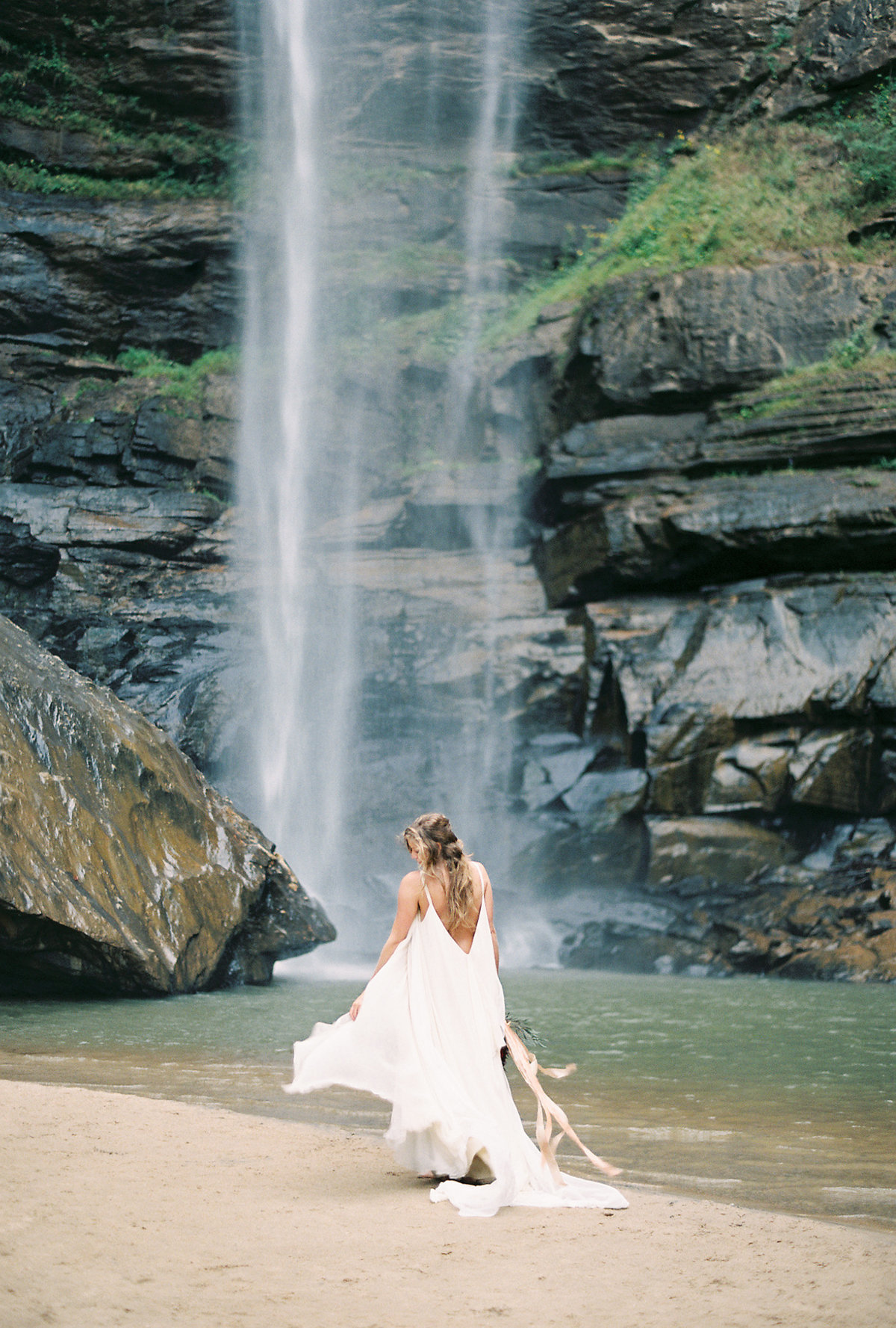 toccoa-falls-anniversary-session-melanie-gabrielle-photography-063