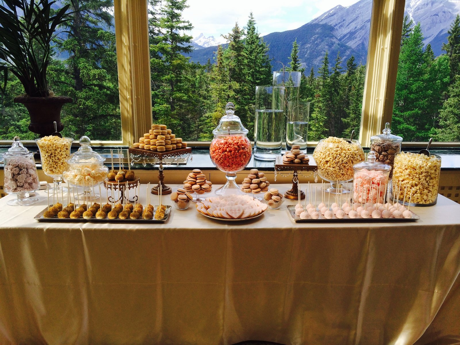 Candy & Popcorn Buffet