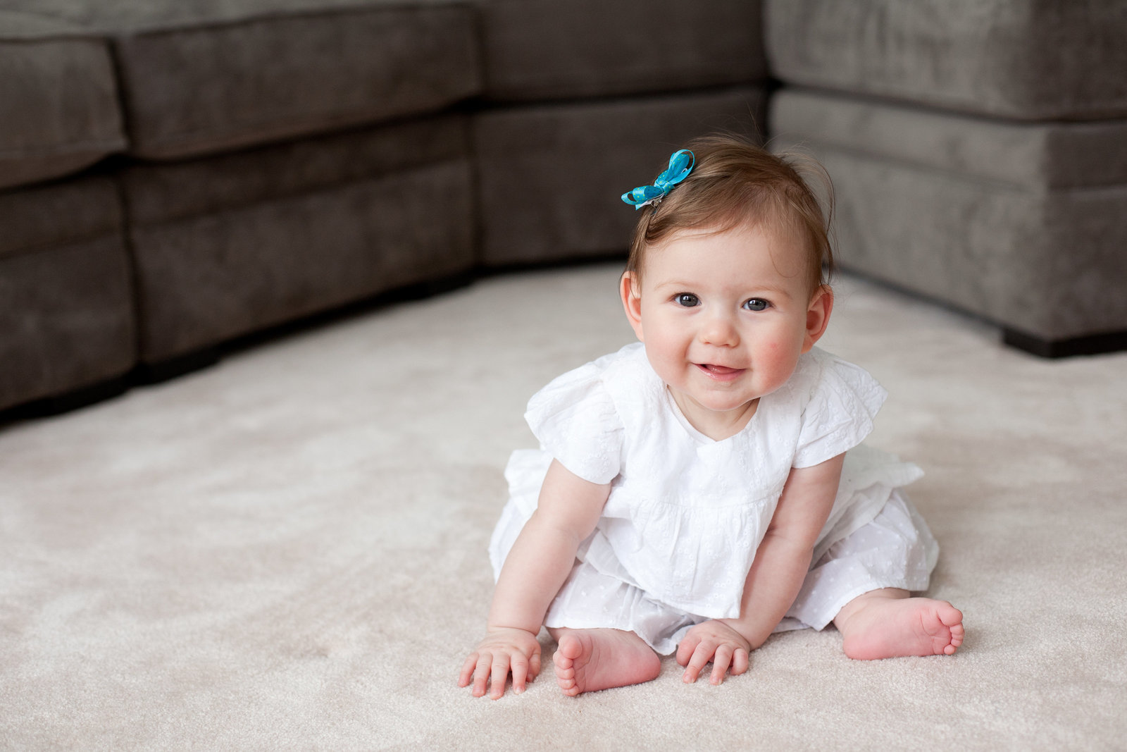 sitting up 6 month baby girl photography by Hudson Valley NY professional photographer