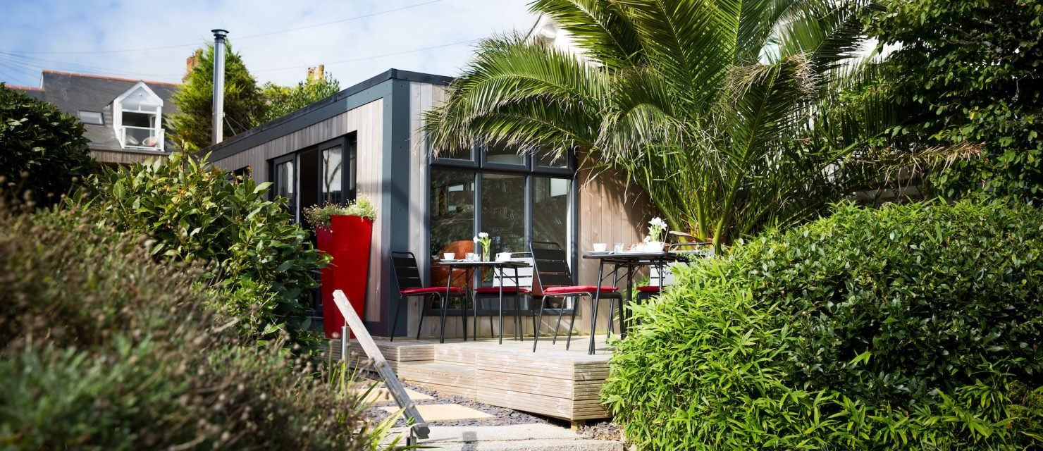 Guest-House-Falmouth-Chelsea-House-Garden-1480x640