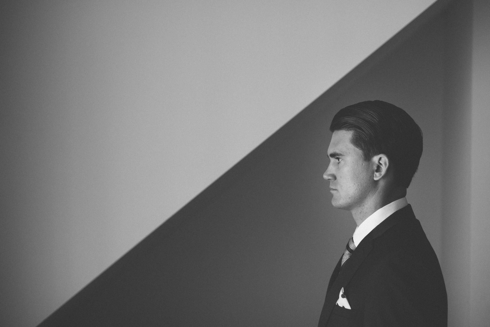 artistic groom photo