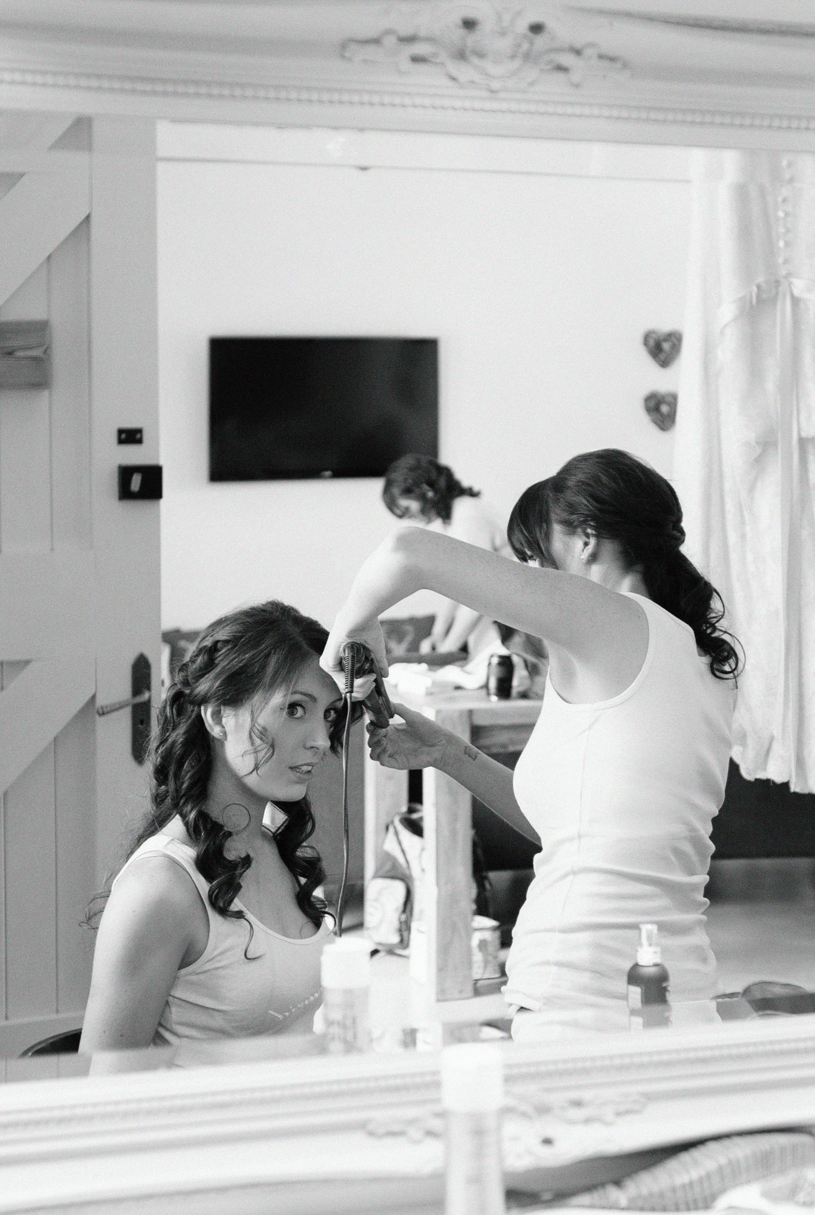 adorlee-0720-southend-barns-wedding-photographer-chichester-west-sussex