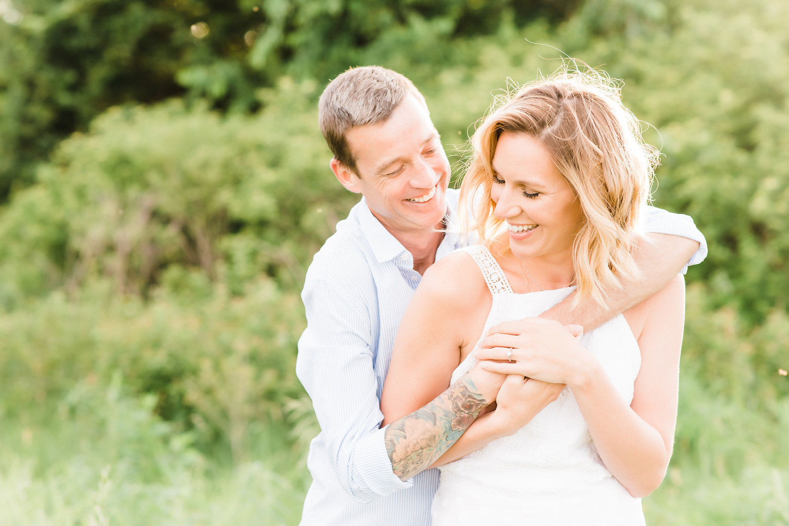 Mississippi-pearl-photography-southern-california-wedding-photographer-sundrenched-laughing-couple
