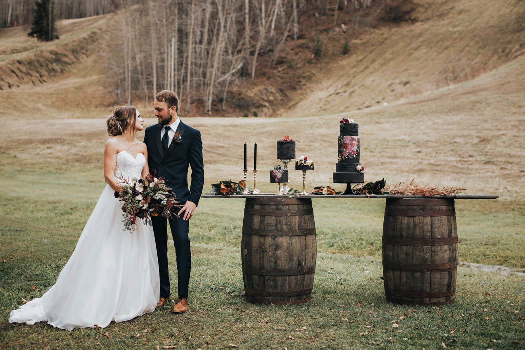 Get-Your-Moody-Color-Palette-Inspiration-from-This-Late-Fall-Wedding-Shoot-Lindsay-Nickel-Photography-12
