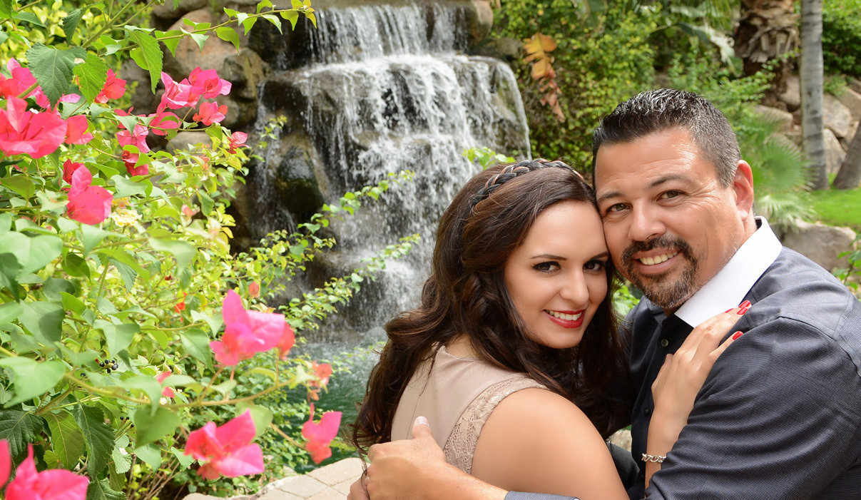 Engagement Session at the Phoenician