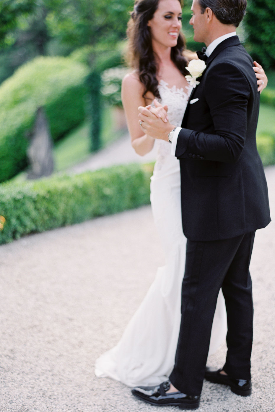 lake_como_italy_villa_balbianello_destination_wedding_melanie_gabrielle_063