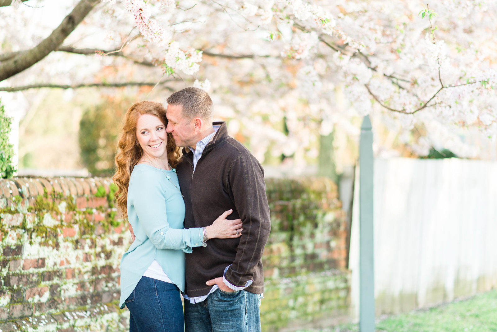 yorktown-beach-cherry-blossom-virginia-engagement-photo158