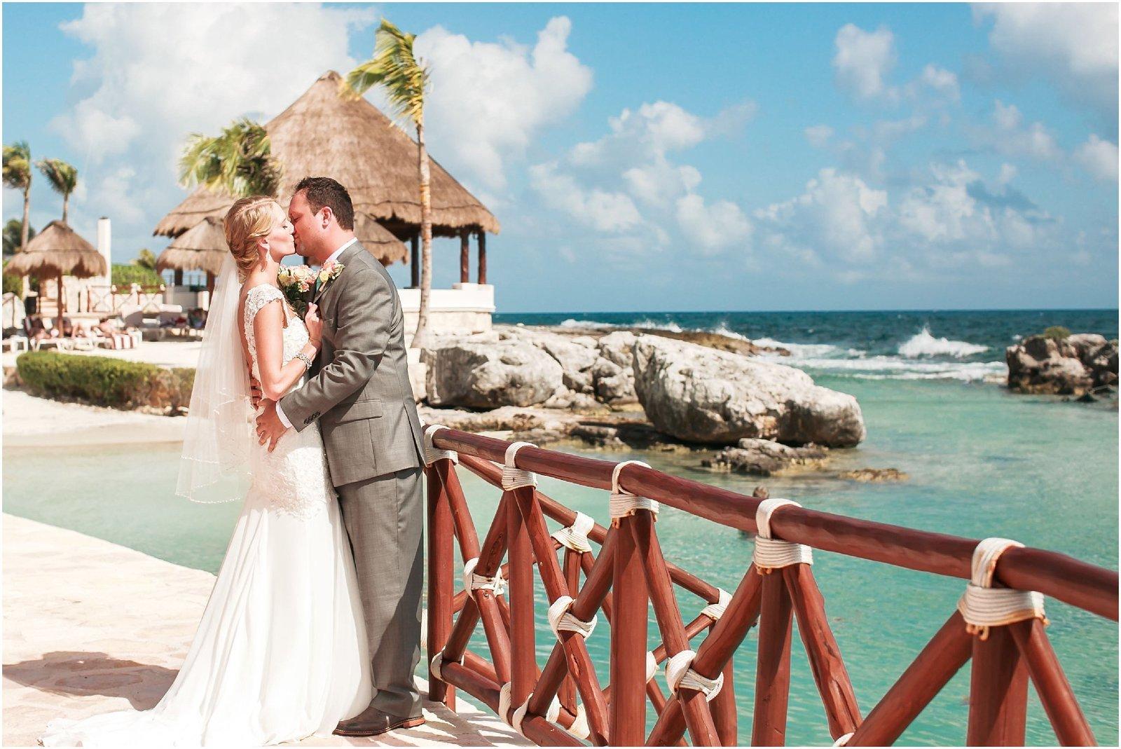 destination-wedding-photographers-lloyd-photographers_1677