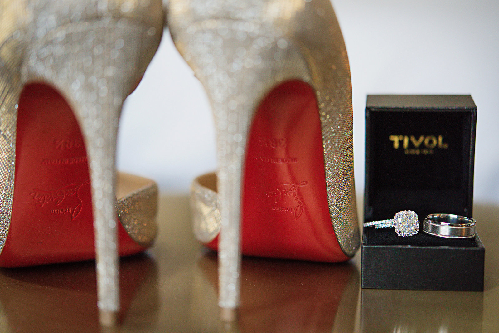 WeddingPlanner_KansasCity_Luxury_Hilton_President_Royals_Player_Louboutin_Tivol018