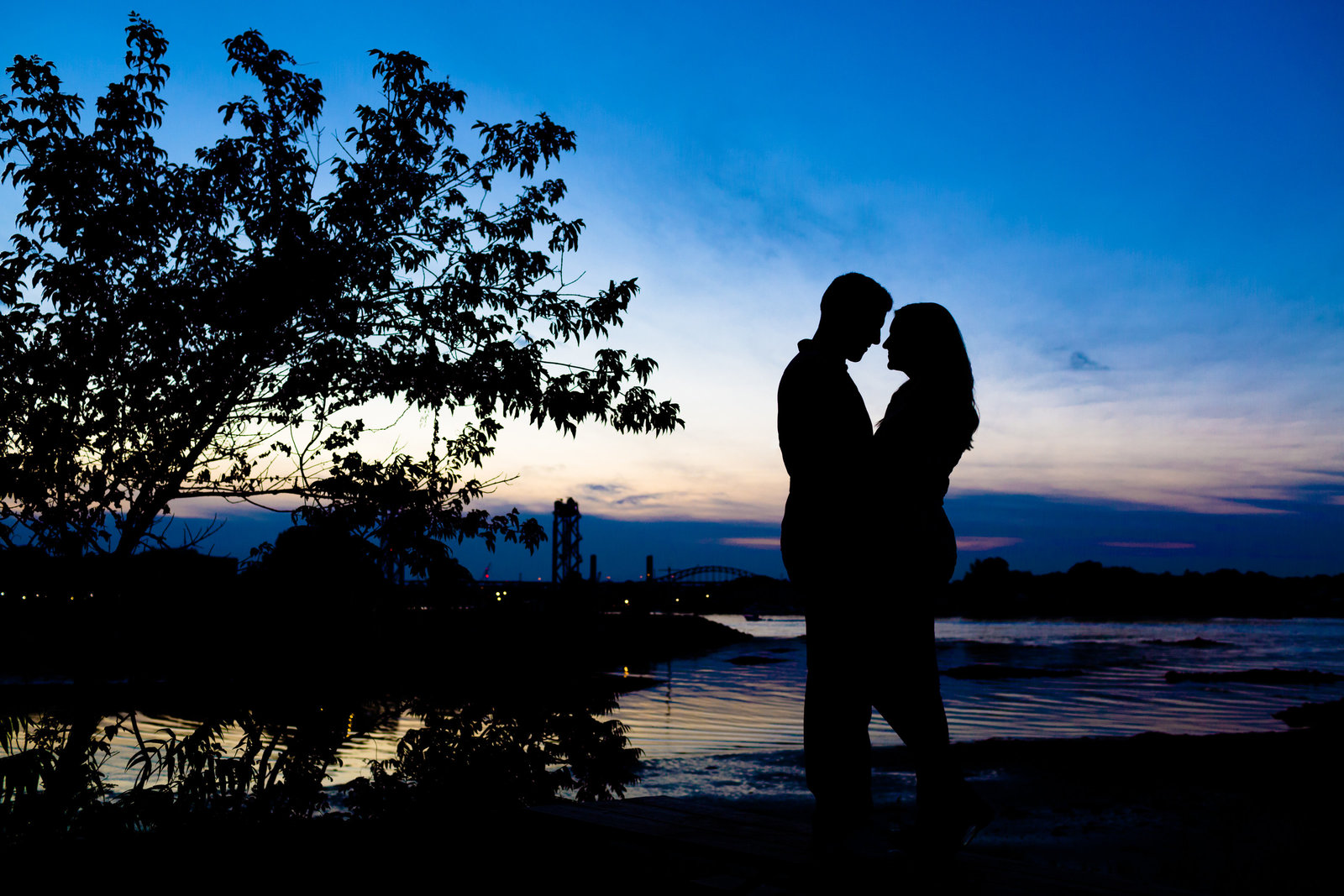 Portsmouth-New-Hampshire-Wedding-Photographers-Engagement-Outdoor-silhouette-Pierce-Island-Urban-I-AM-SARAH-V-Photography-Photo