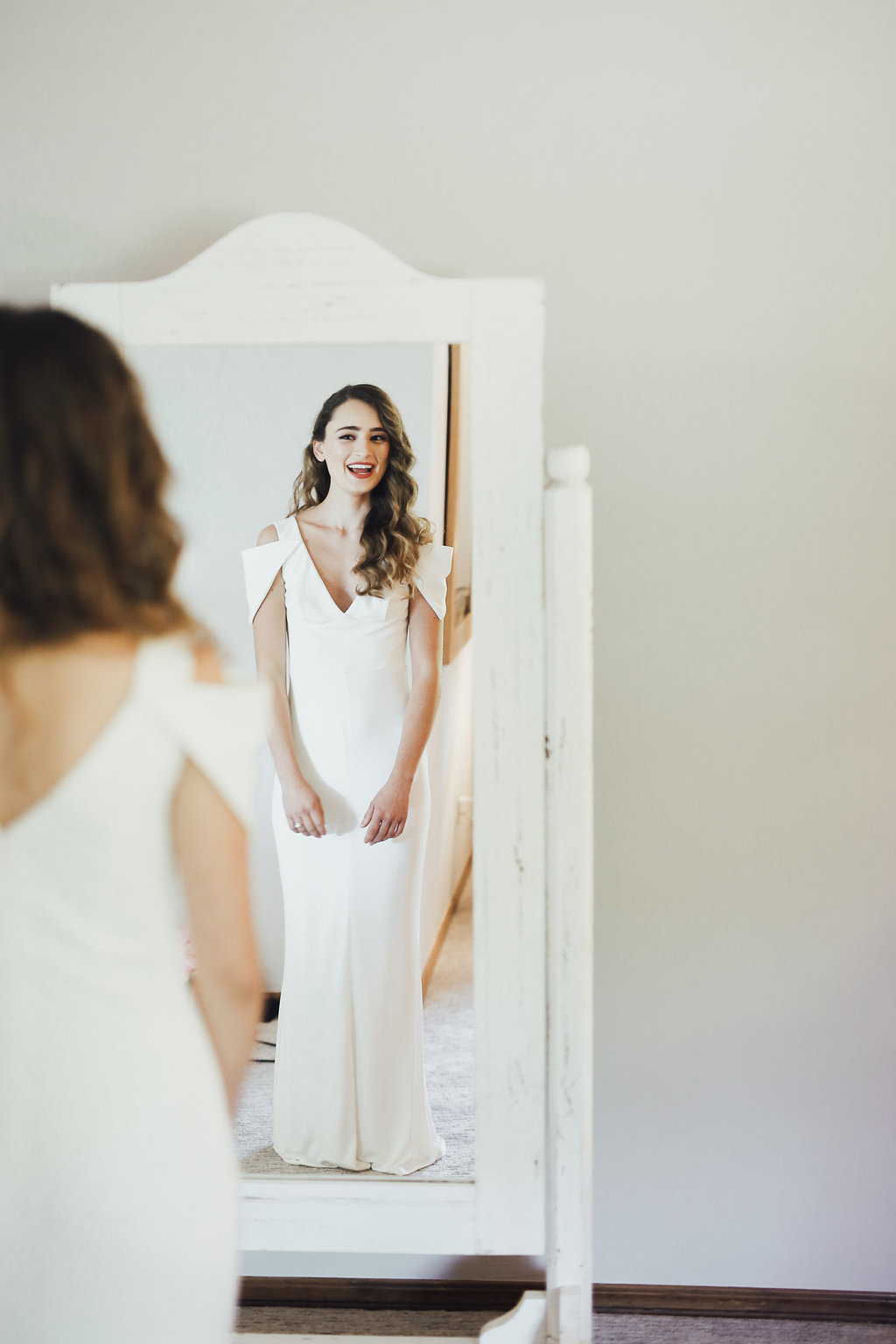 Victoria+Caleb-Wedding-RachelPhotographs-GettingReady-46