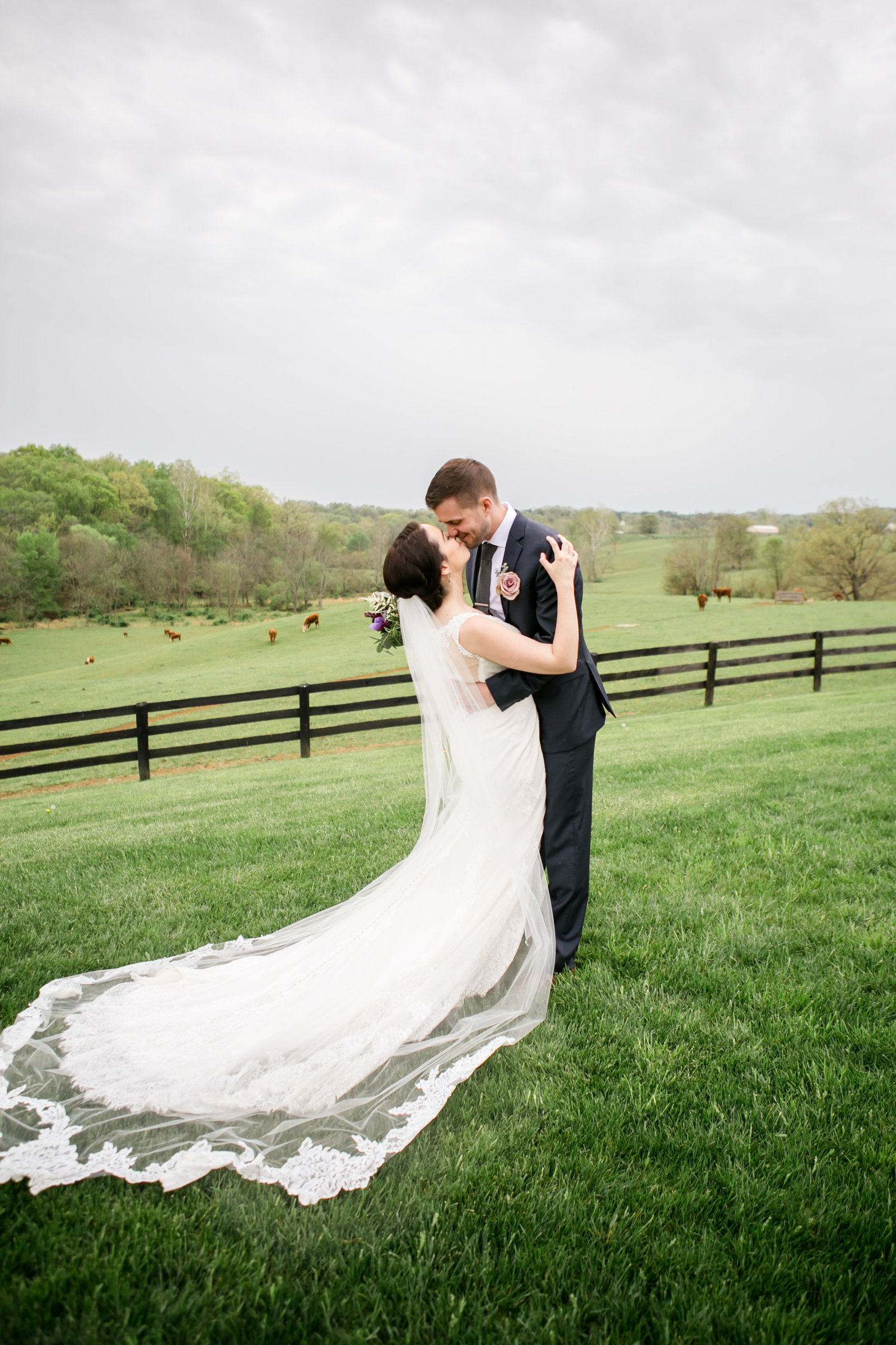Featured Wedding- Shadow Creek Wedding, Purcellville VA - Ke-0089