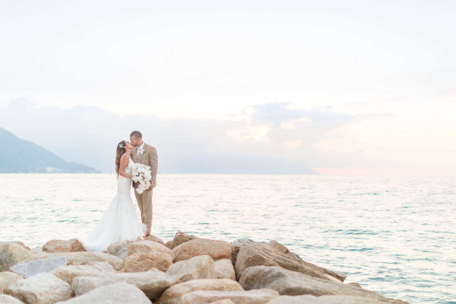 Catherine Leanne Photography Playa Fiesta Wedding