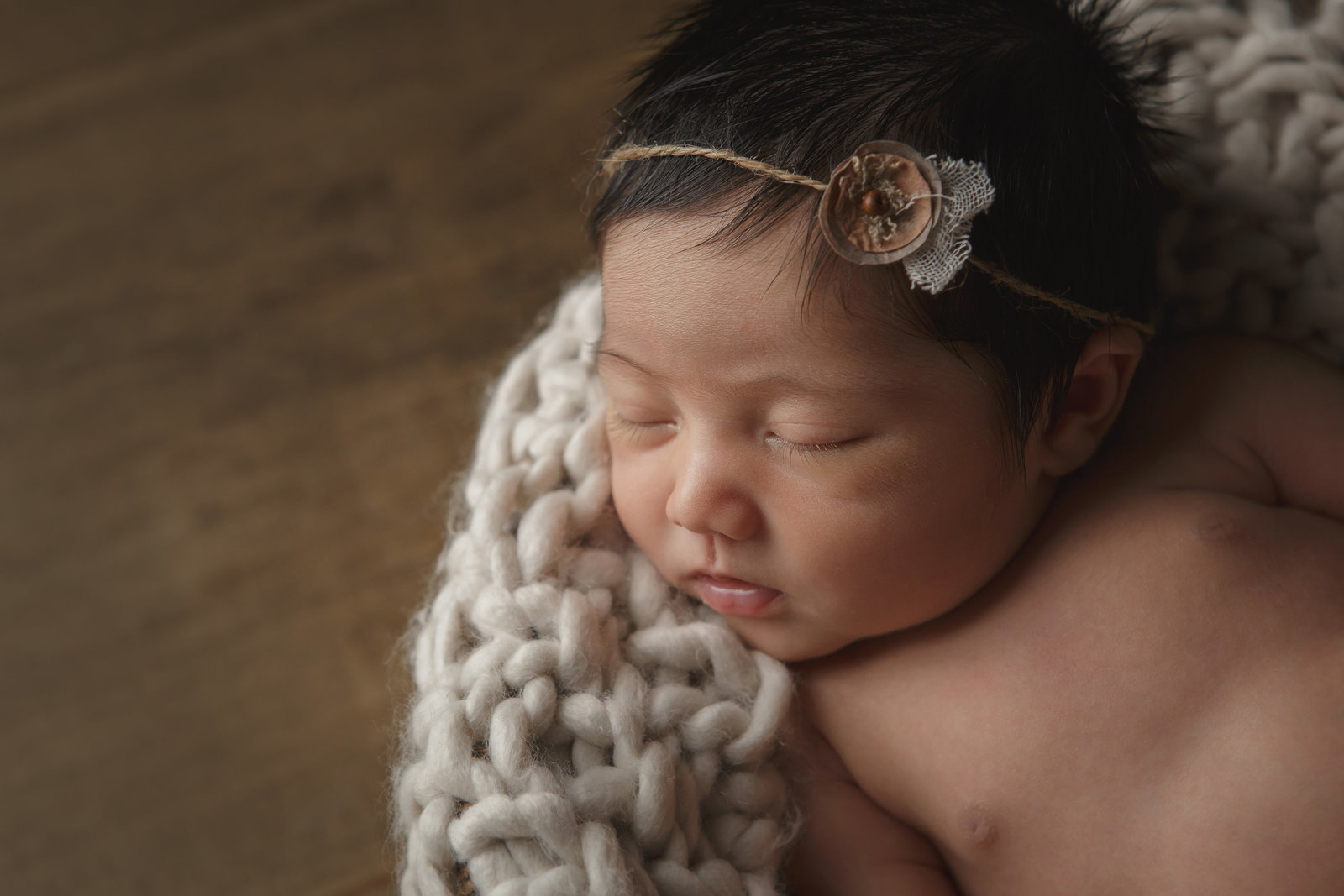 Sweet, simple portrait of newburgh newborn baby girl in the Hudson Valley professional photographer Cornwall NY photo studio