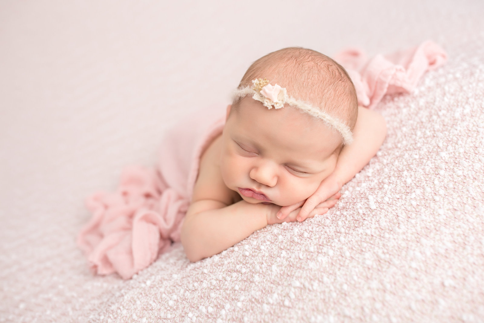 NJ-Newborn-Photographers-Idalia-Photography-2015-112