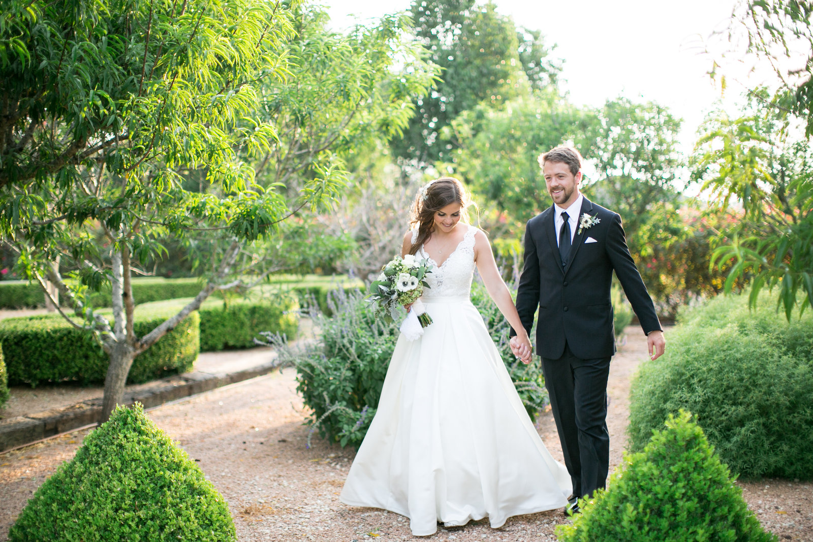 gardens-of-cranesbury-view-canyon-lake-texas-wedding-bride-and-groom-photo-27