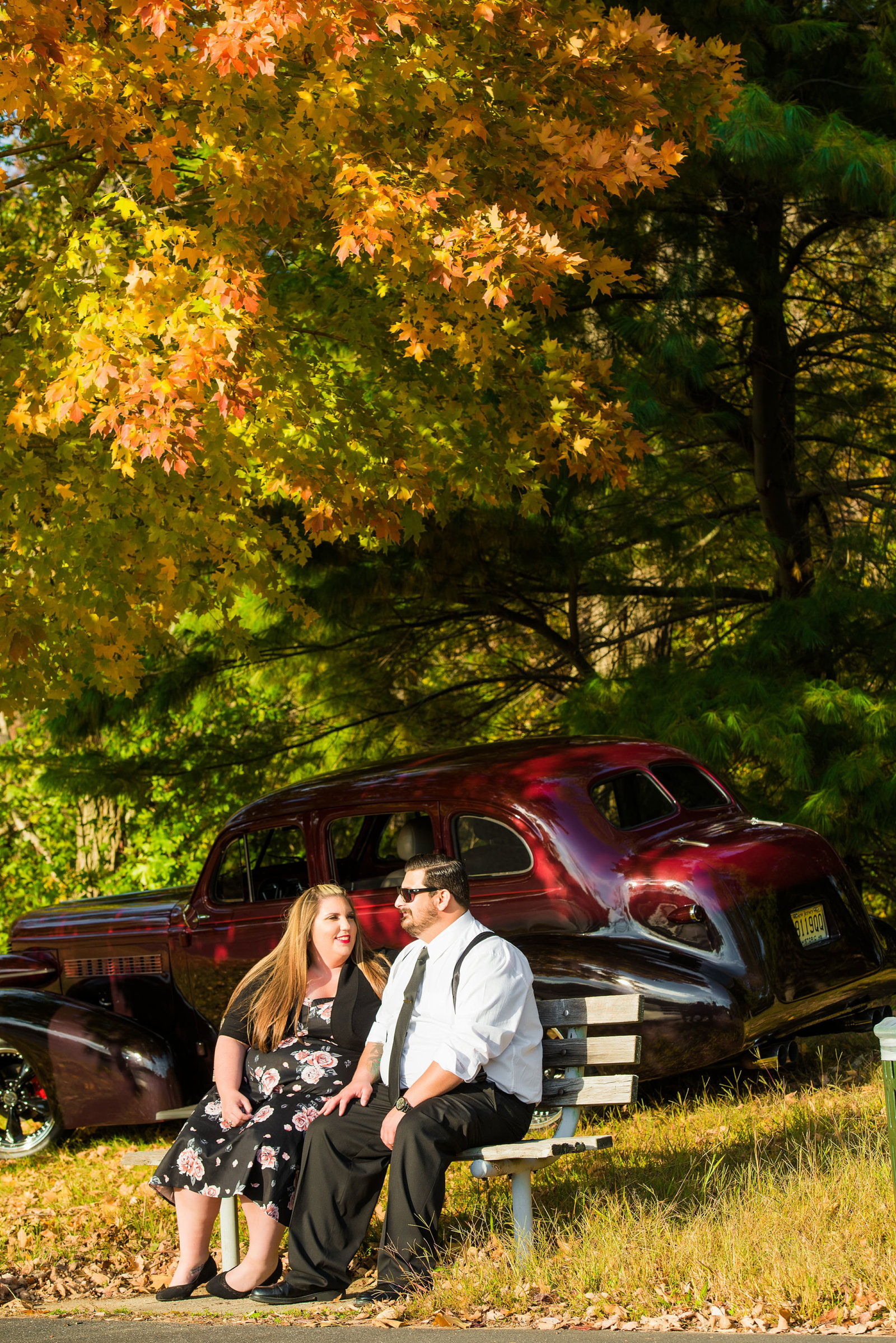 Retro_Pinup_Car_engagement_session_Nj053