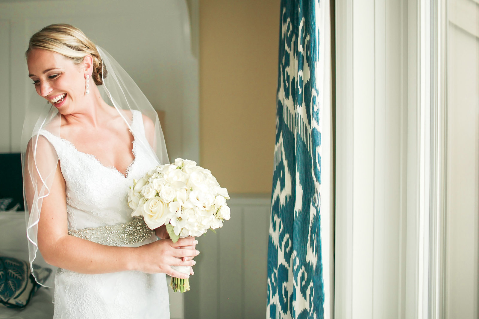 Mikaela-Joe-wedding405172