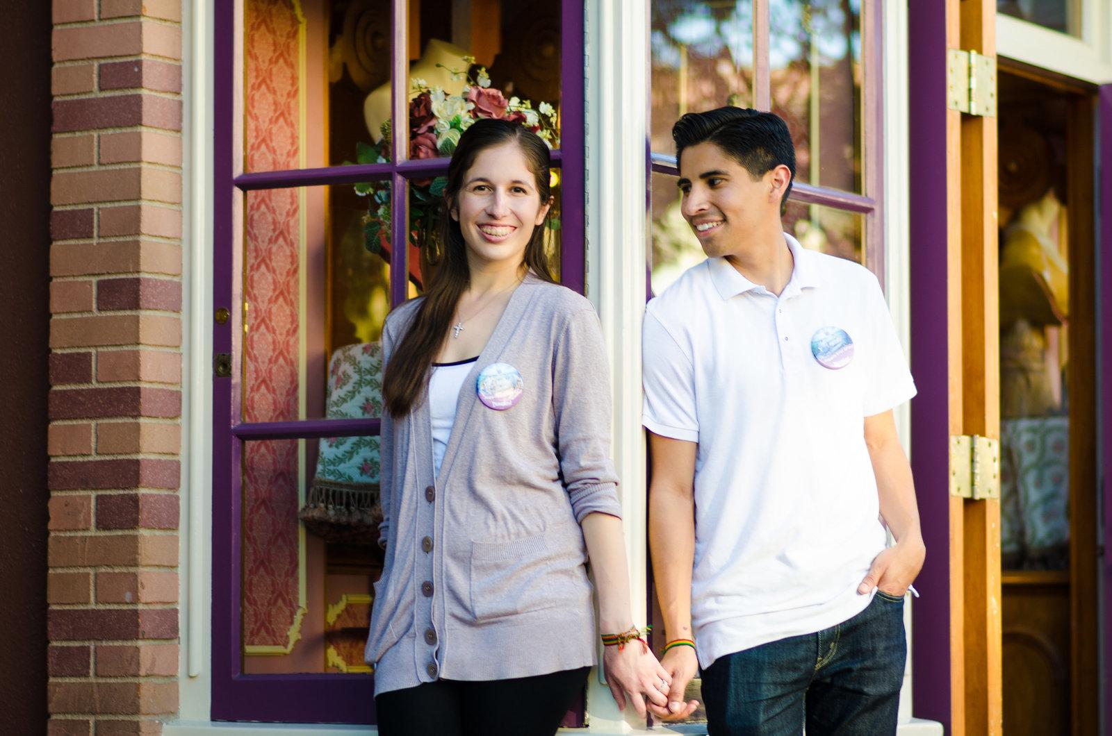 Disneyland+Engagement+Photos+J-2424163916-O