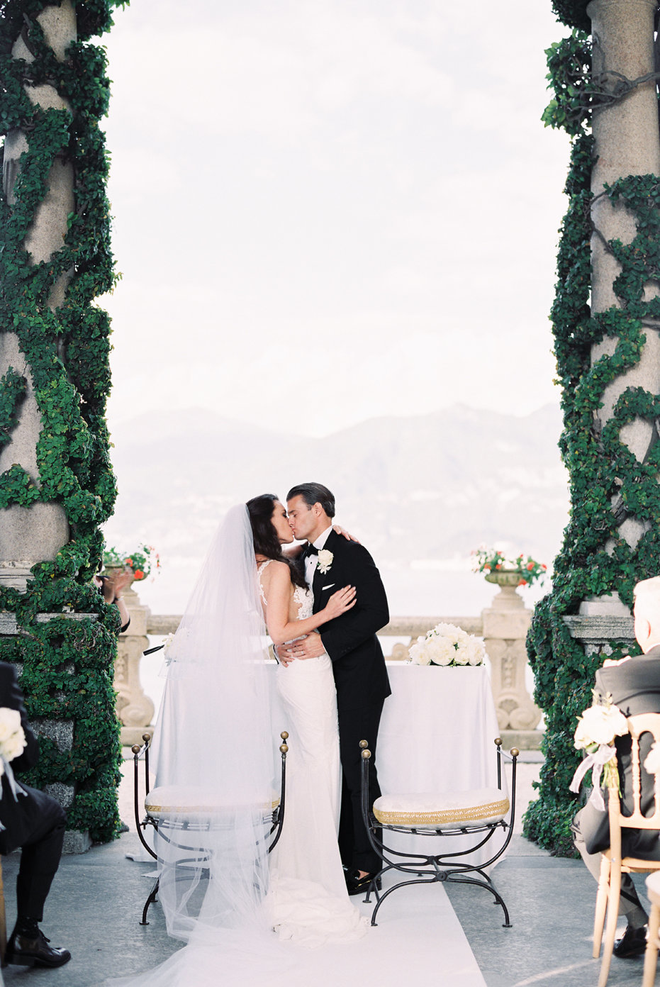 lake_como_italy_villa_balbianello_destination_wedding_melanie_gabrielle_055