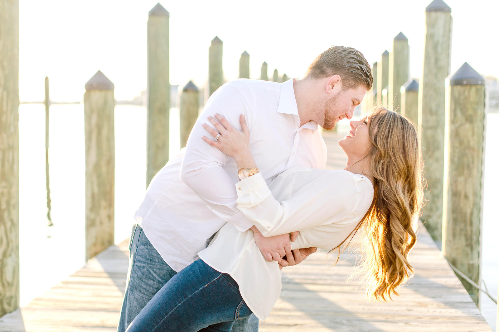 baltimore engagement photographer chesapeake charm photography downtown annapolis sunrise