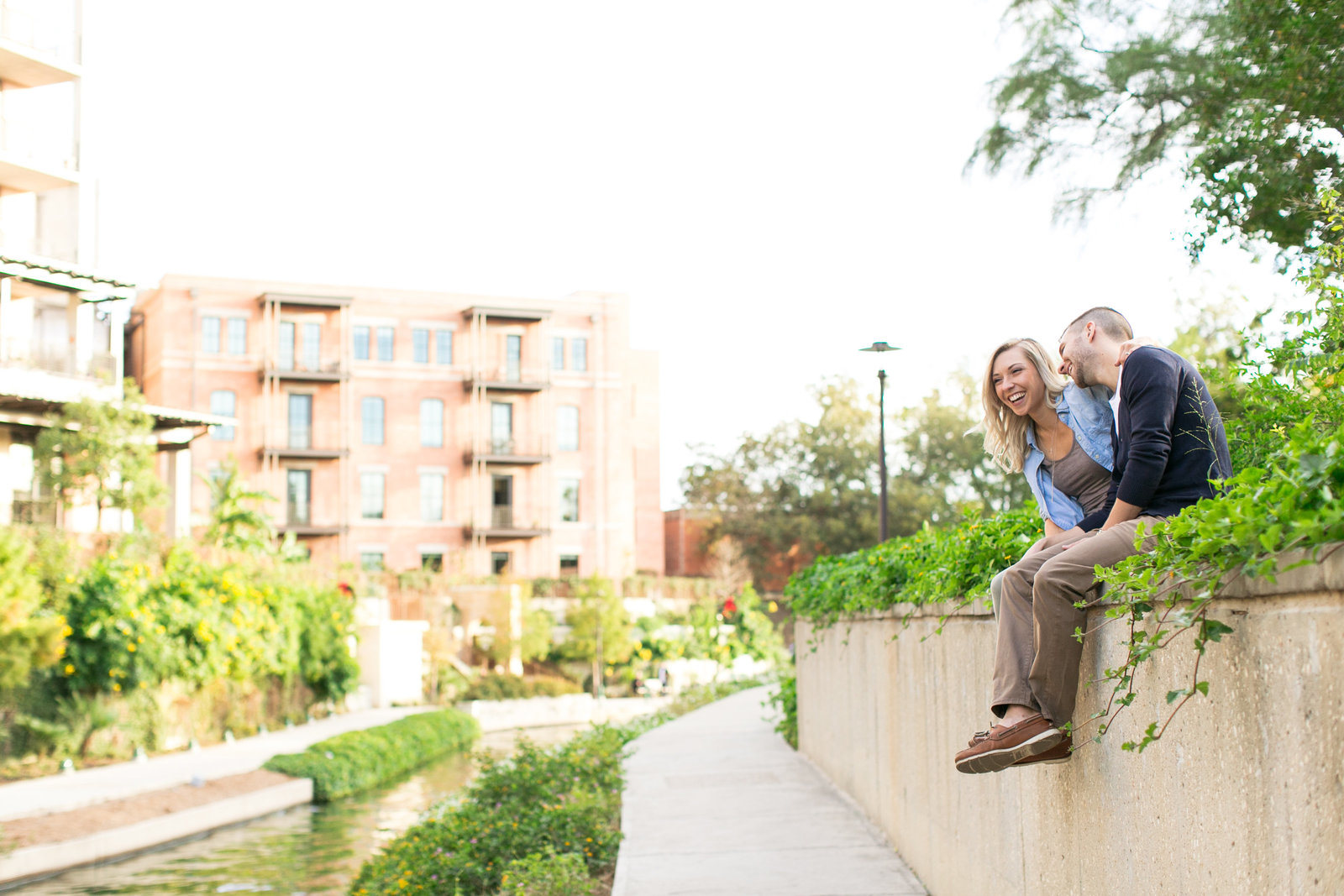 pearl-brewery-san-antonio-texas-engagement-session-river-walk-photo-59