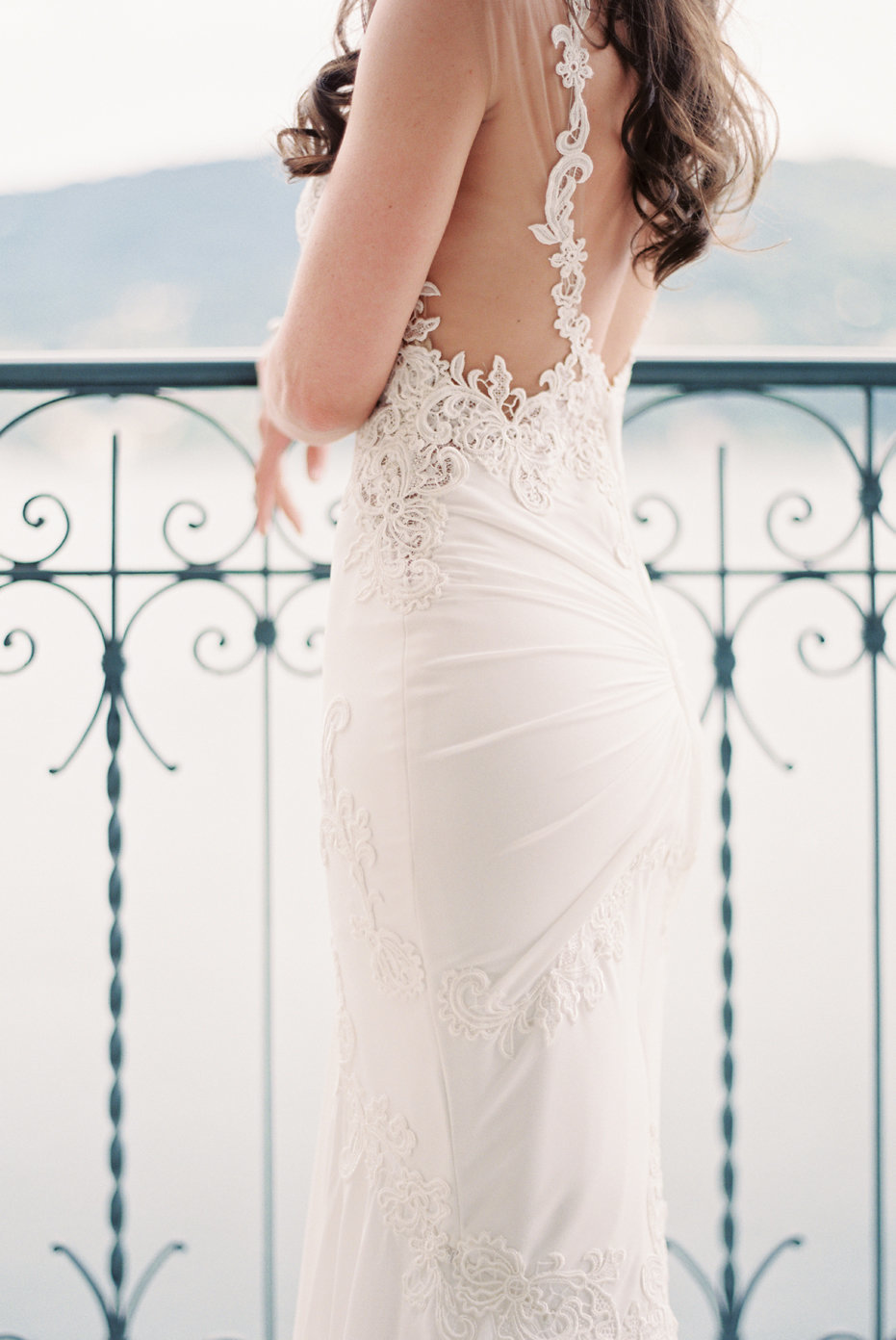 lake_como_italy_villa_balbianello_destination_wedding_melanie_gabrielle_019
