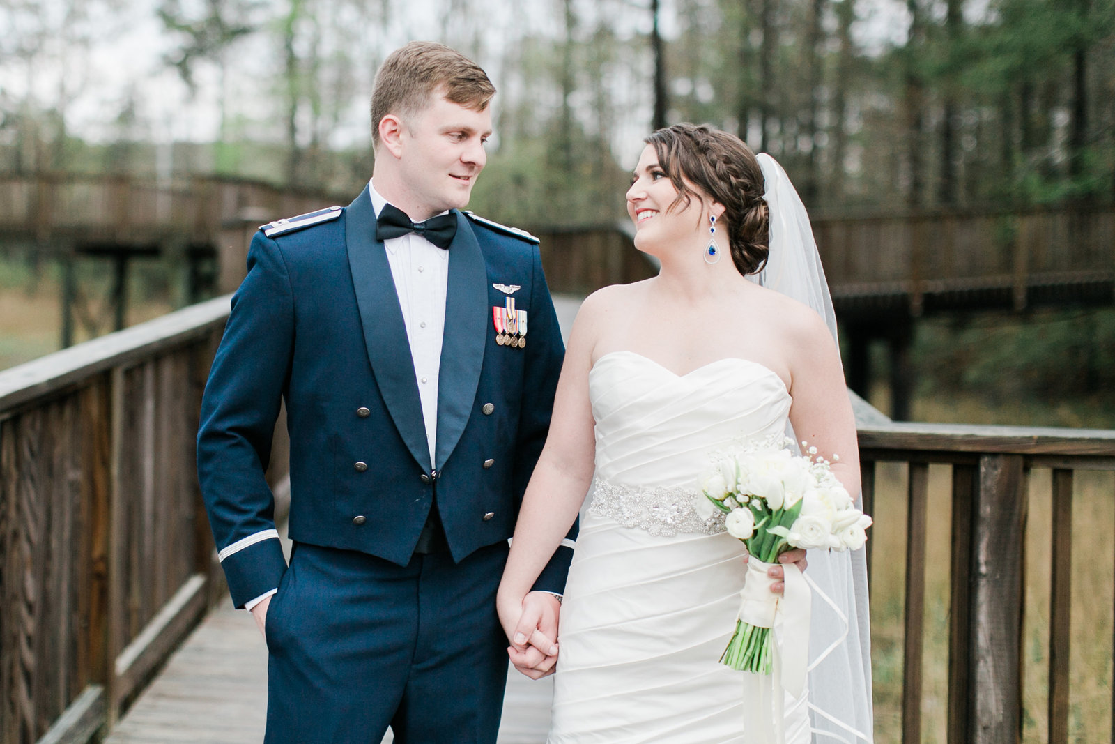 Virginia Aquarium Wedding by Elizabeth Friske Photography | Callie and Travis-85