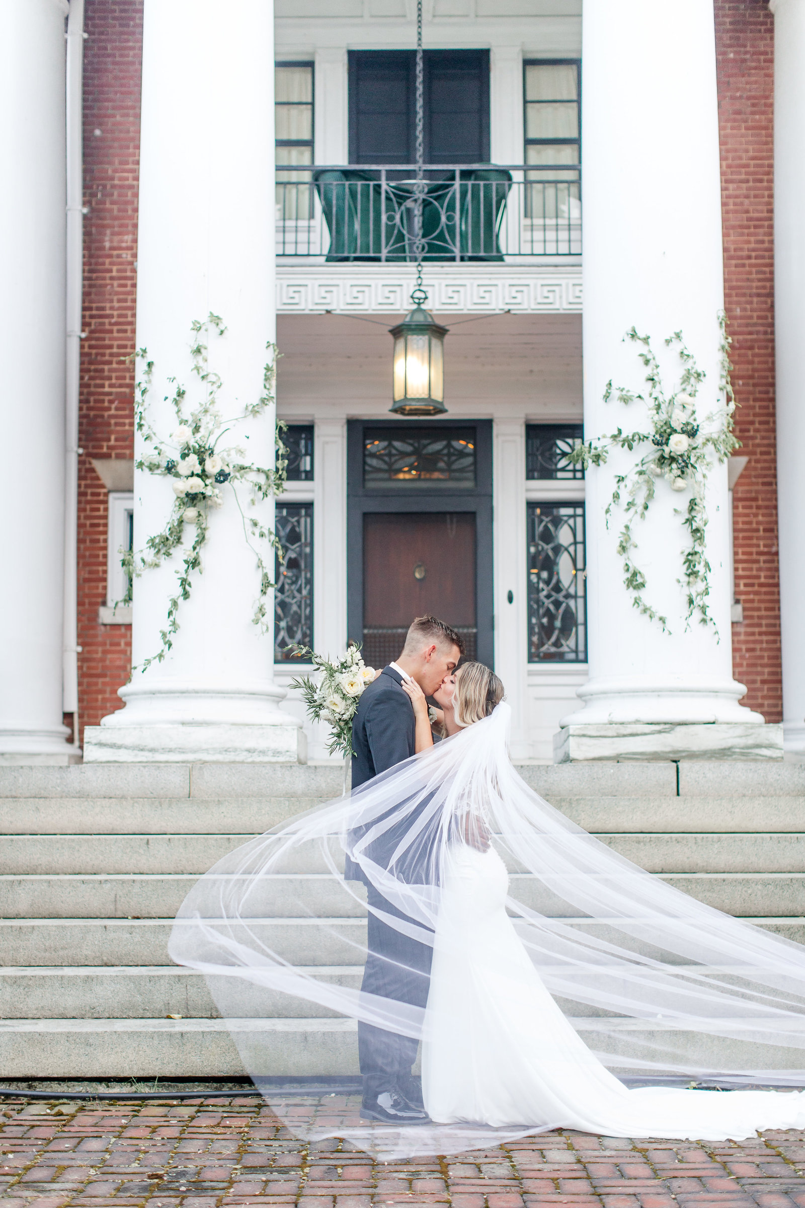 Mercersburg_Inn_Wedding_Photographer-448