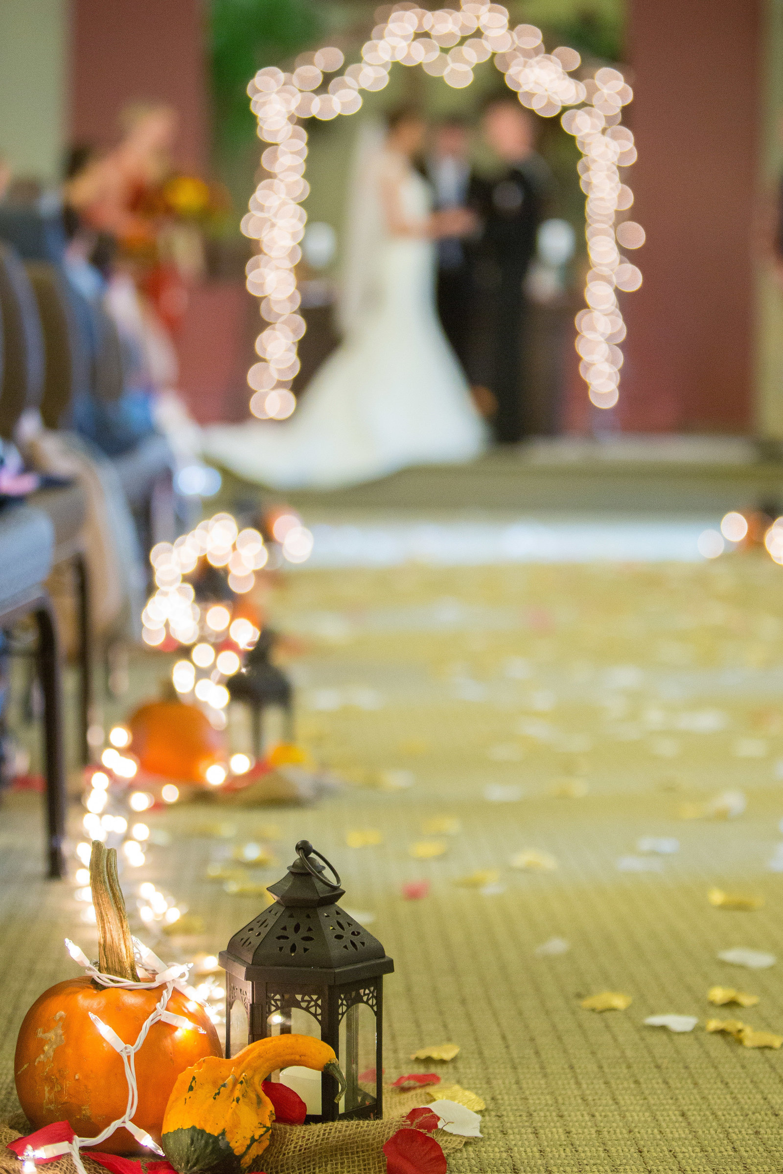 wedding photography ceremony aisle details