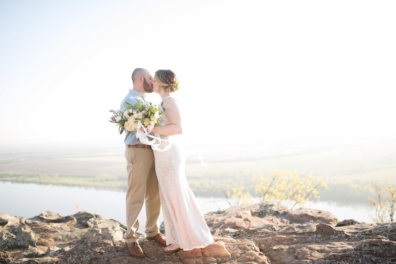 Simply Bliss Photography: Northwest Arkansas Wedding Photographer
