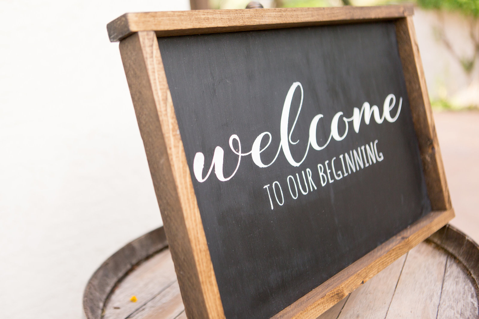 WELCOME SIGN HORIZONTAL Montelucia Wedding | Round Lens Photography
