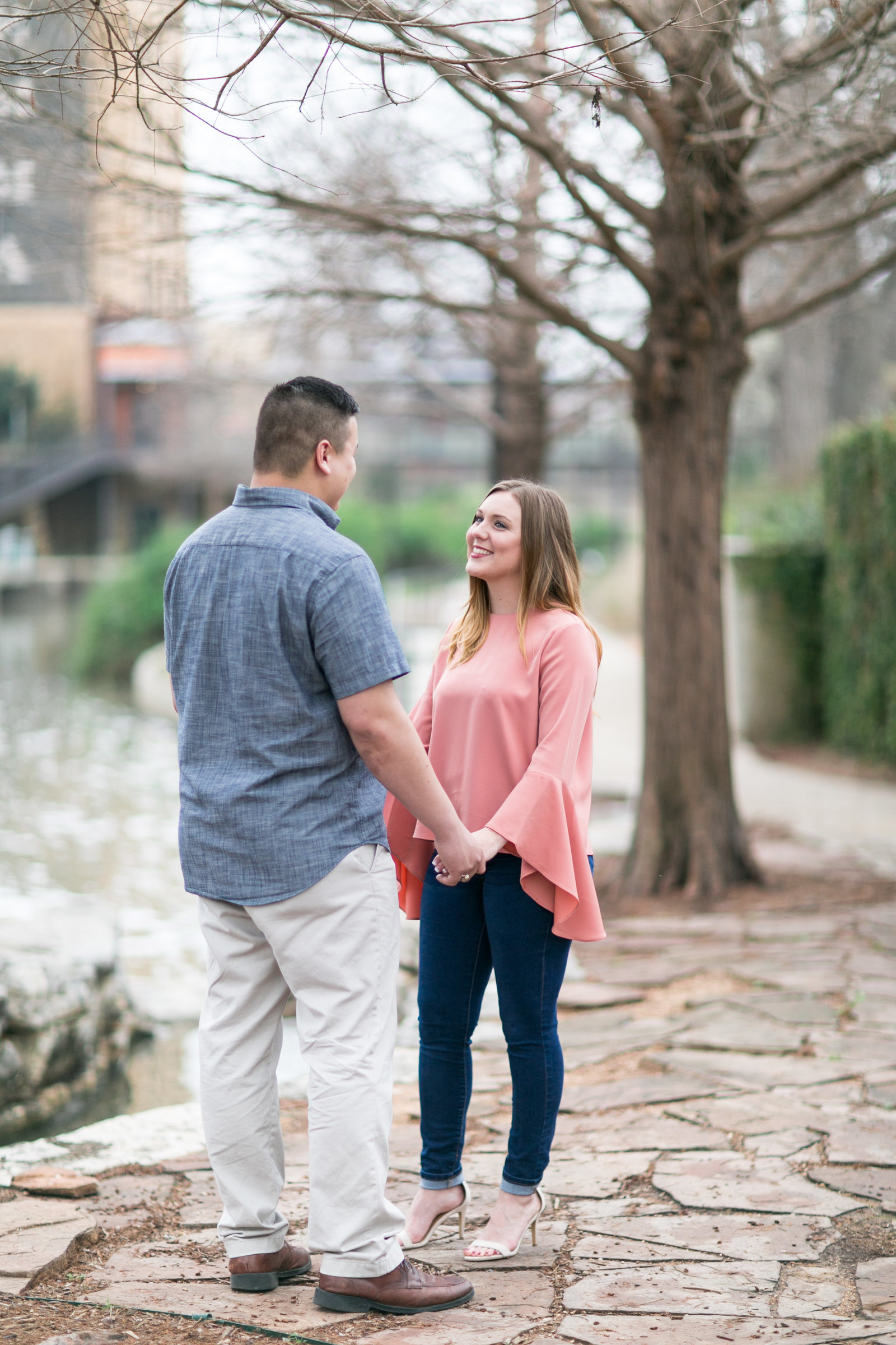 pearl-brewery-stables-san-antonio-river-walk-engagement-session-photo-31