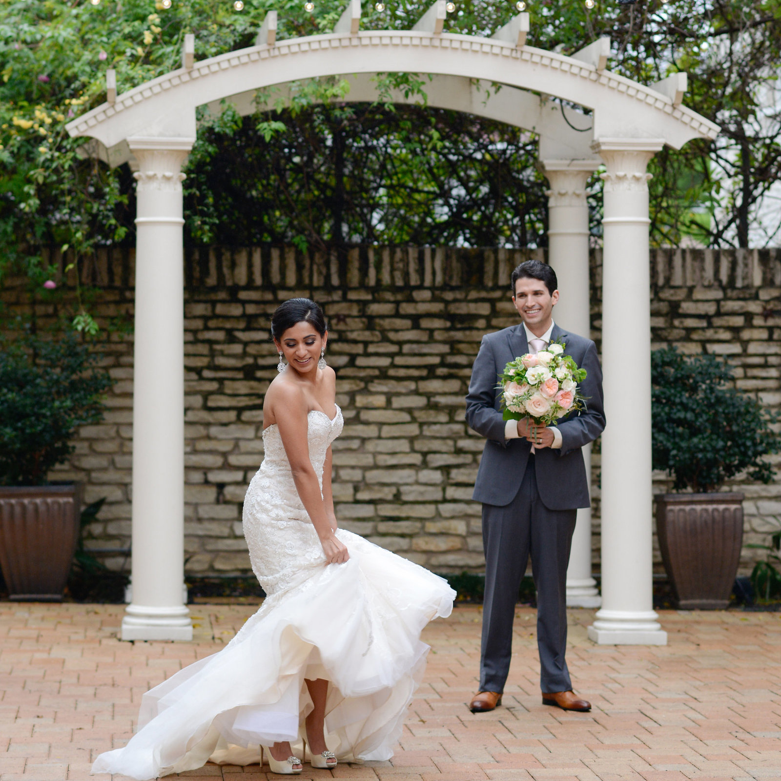 Texas Federation of Women's Club Mansion wedding photographer