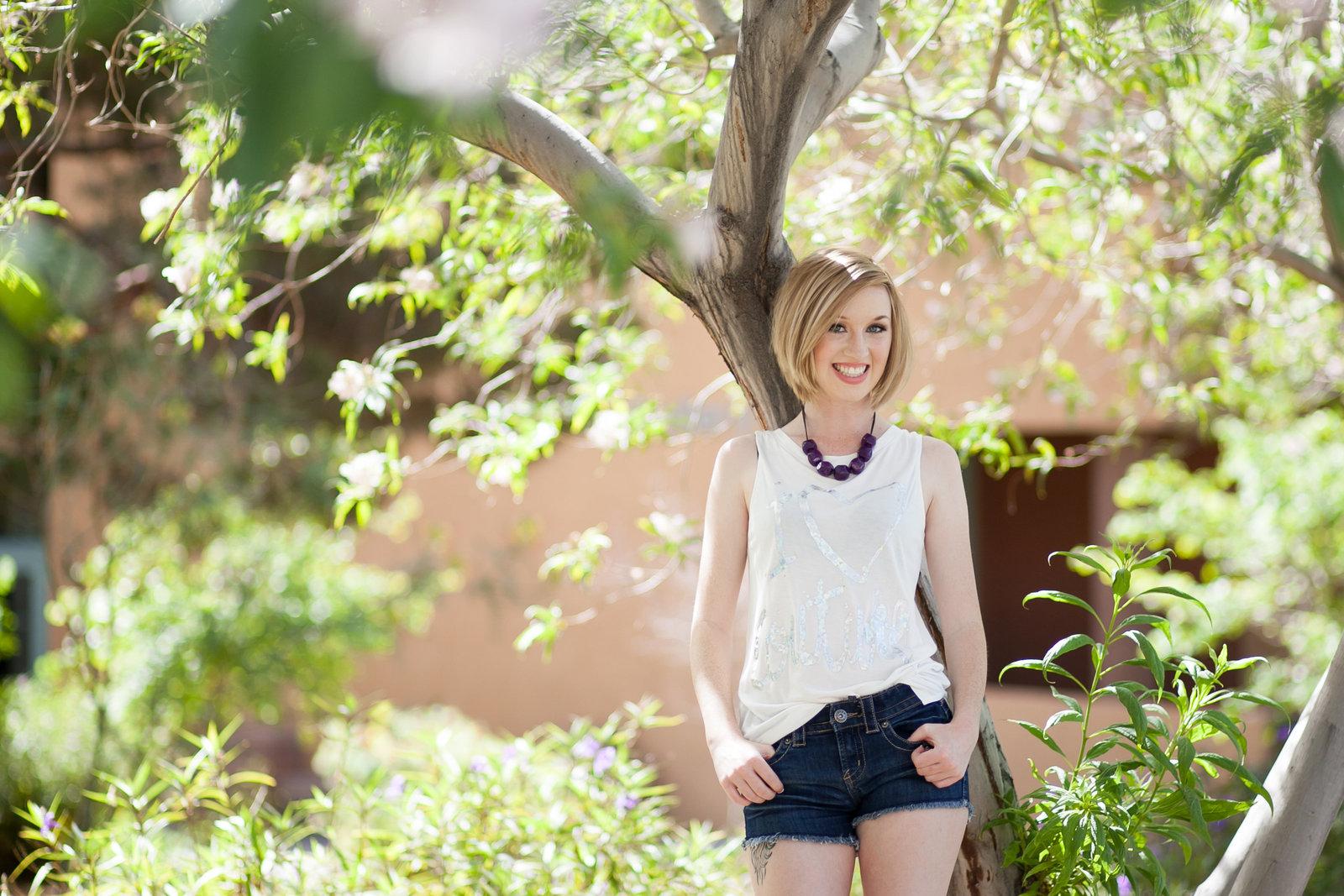 outdoor senior portraits in oregon | Susie Moreno Photography