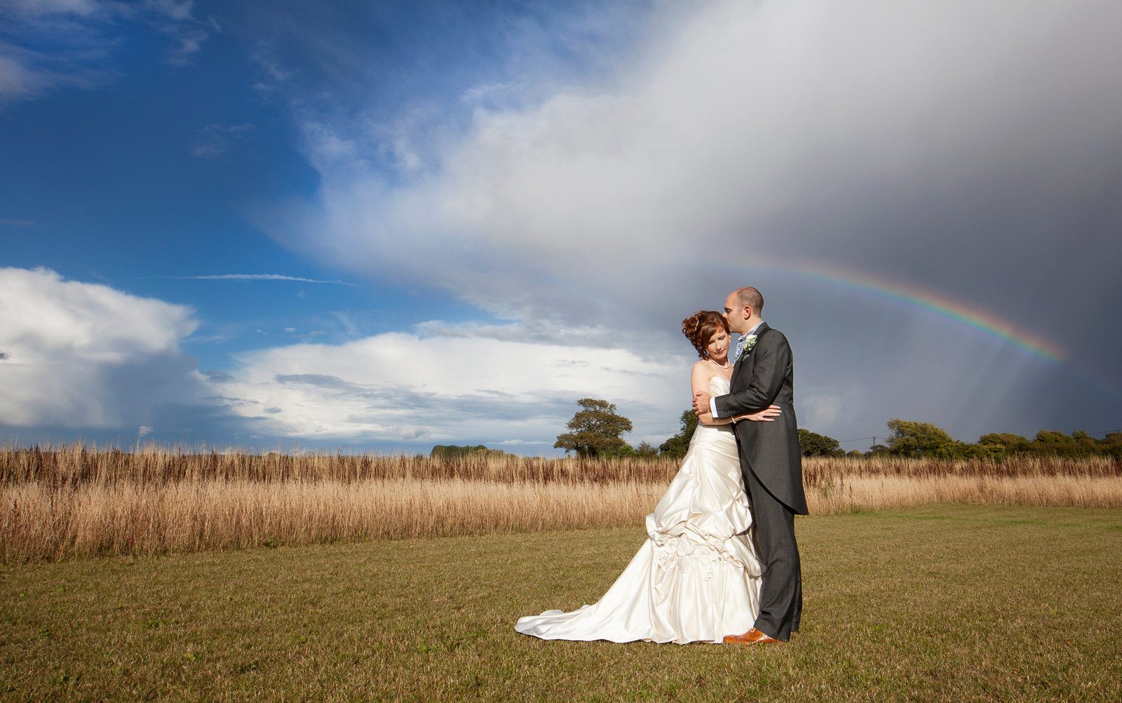 adorlee-1096-southend-barns-wedding-photographer-chichester-west-sussex