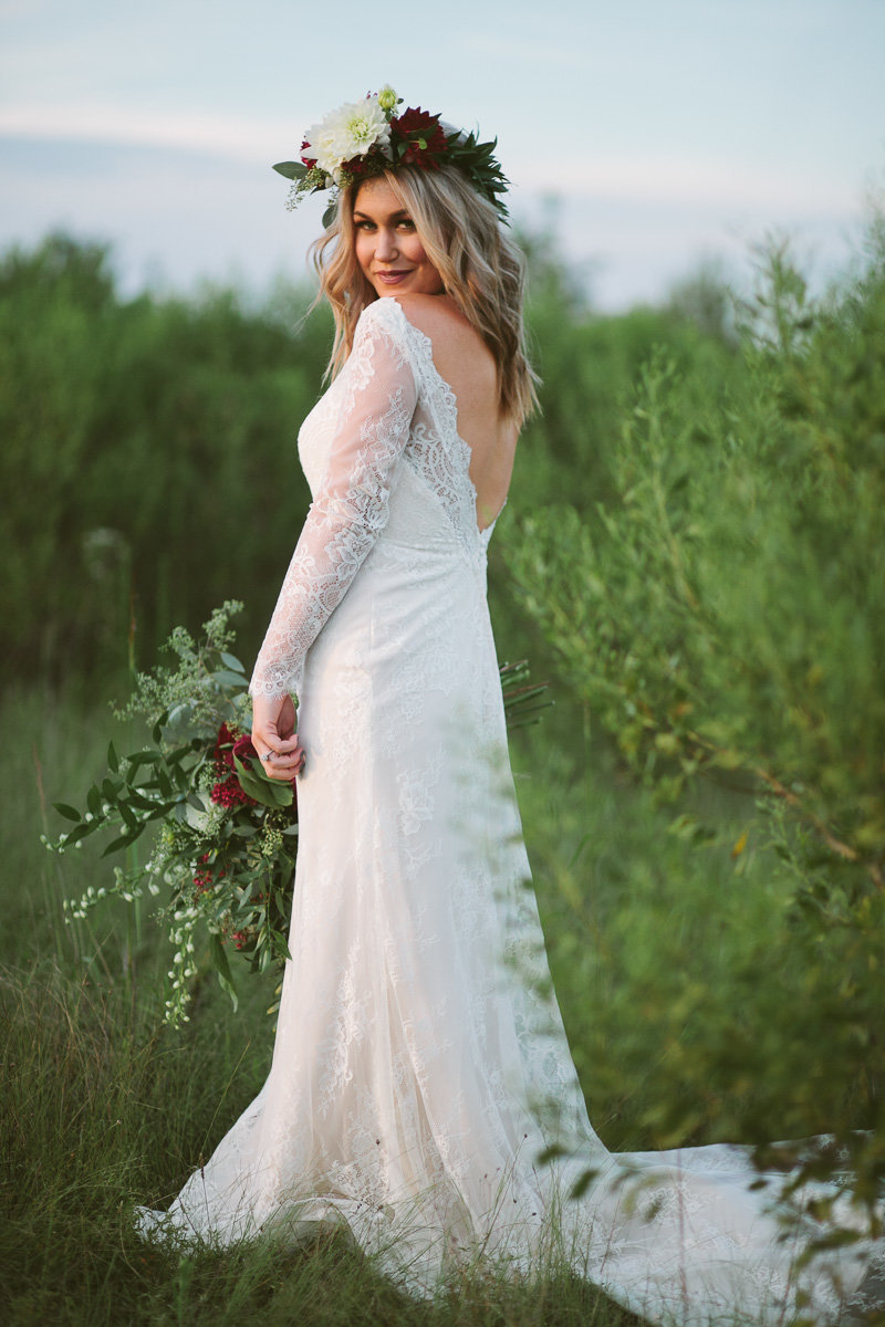 A-Bohenmian-Bridal-on-Cache-River-National-Wildlife-Refuge-in-Rural-Arkansas-4
