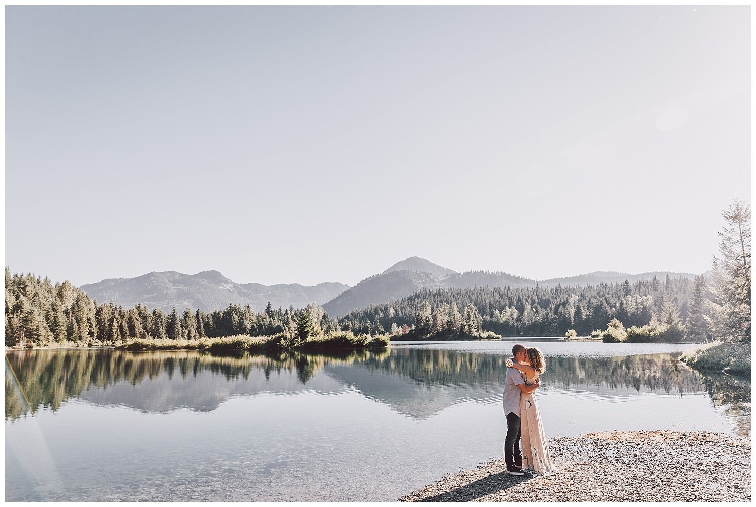 gold-creek-pond-engagement-session-luma-weddings_0004
