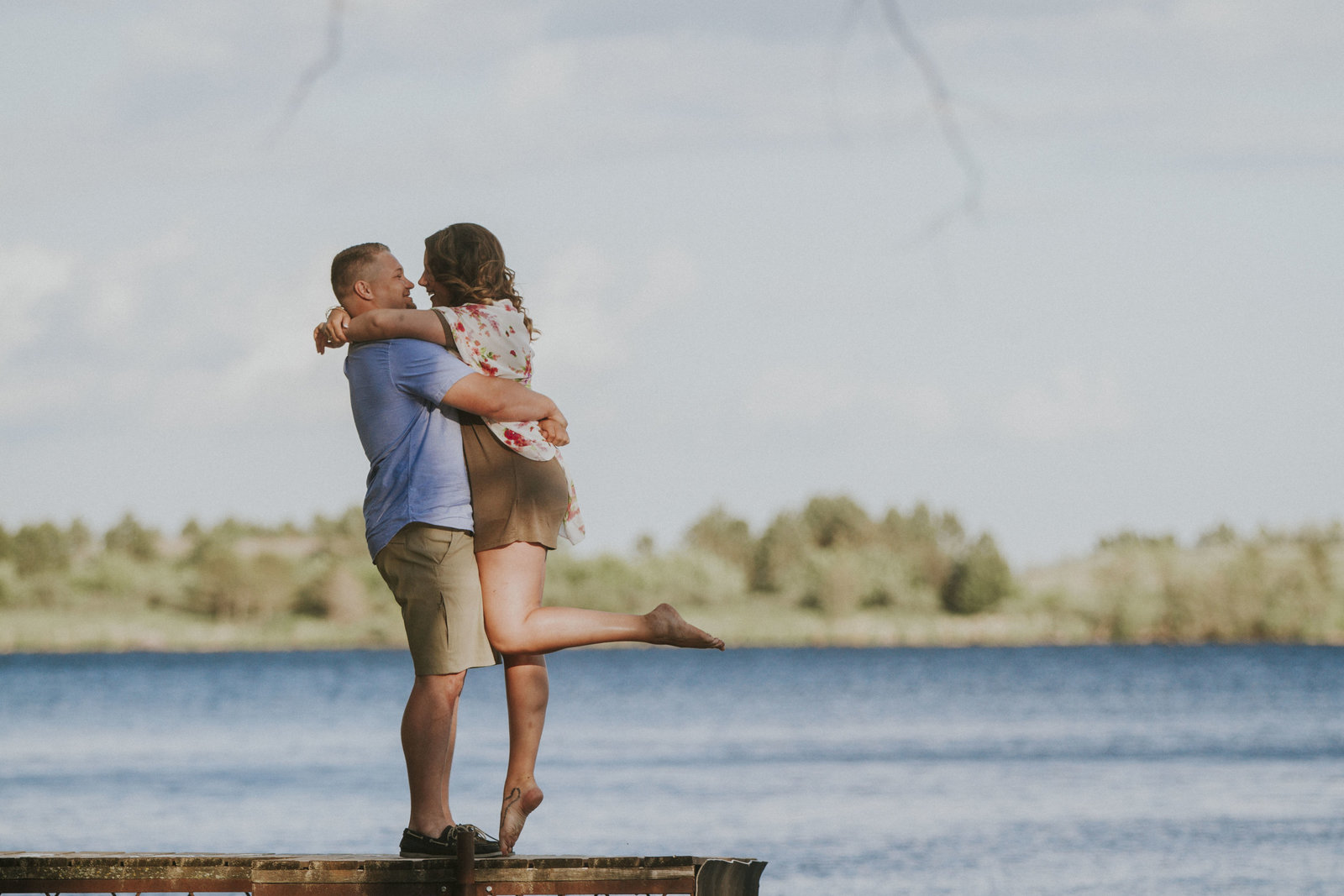 engagement | elizabeth street photography | lake | LaMoaure, ND
