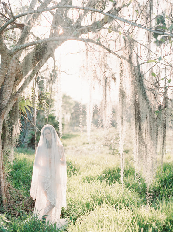 organic-outdoor-boudoir-inspiration-gossamer-gathered-melanie-gabrielle-photography-137