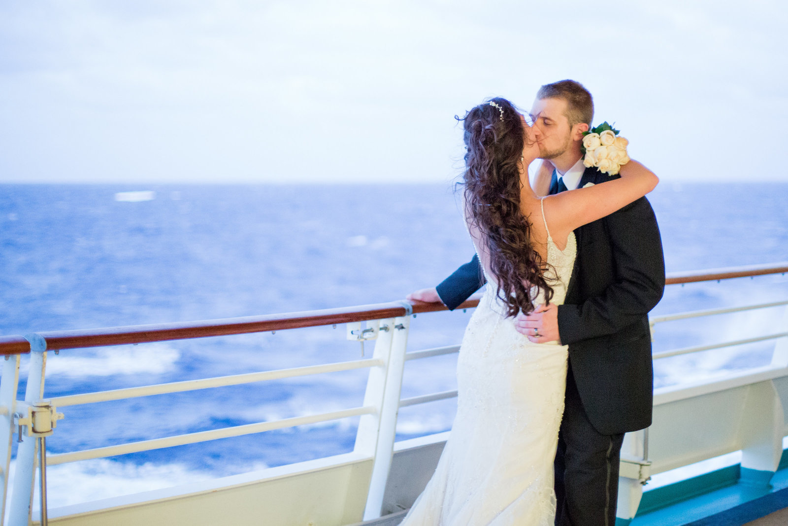 cruise-bride-and-groom.jpg