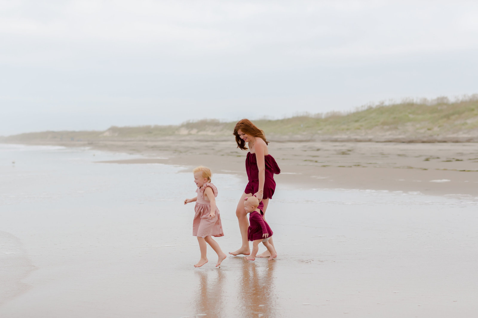 coastal family lifestyle photography by brooke tucker photography
