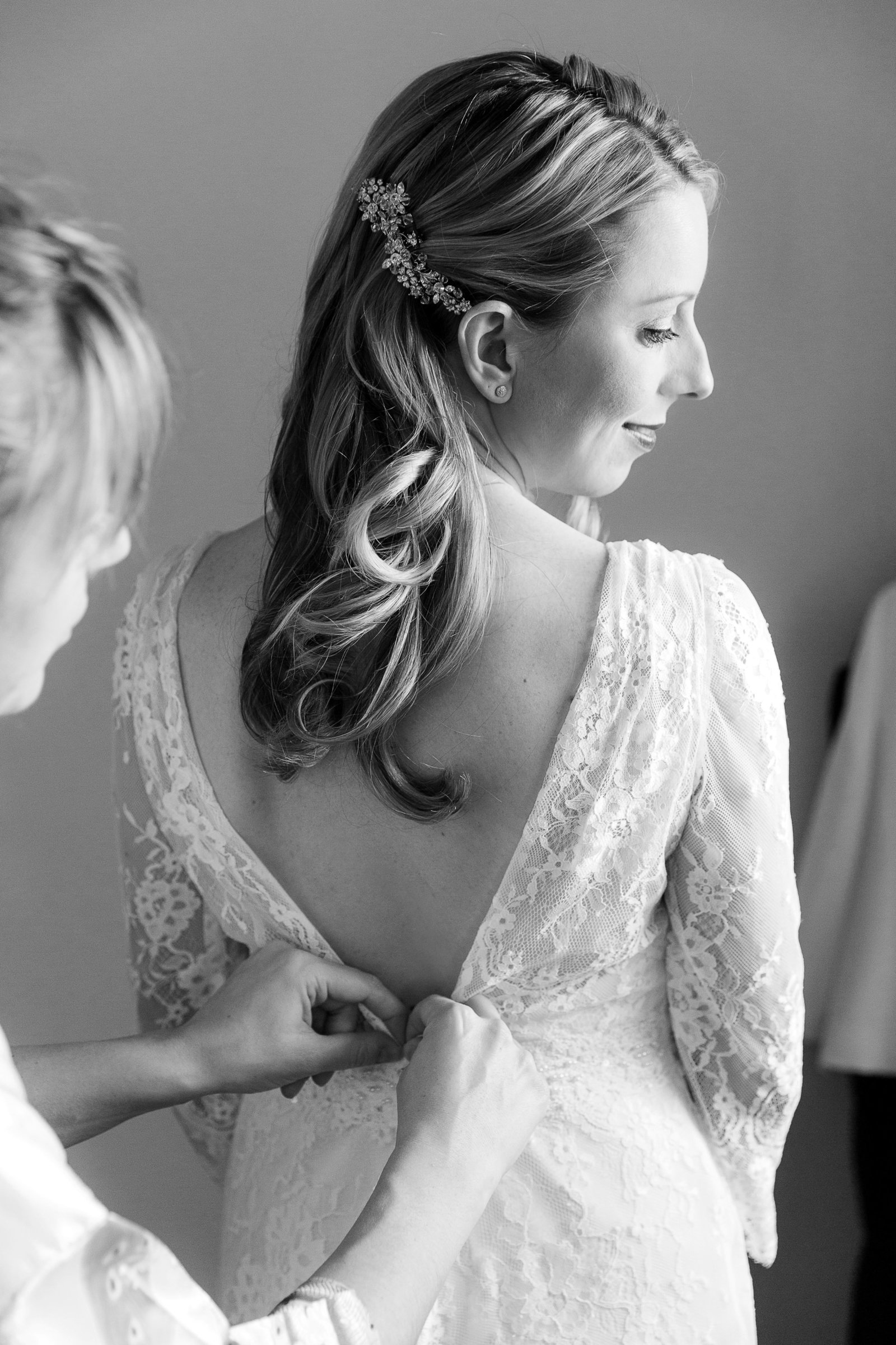 adorlee-0884-southend-barns-wedding-photographer-chichester-west-sussex